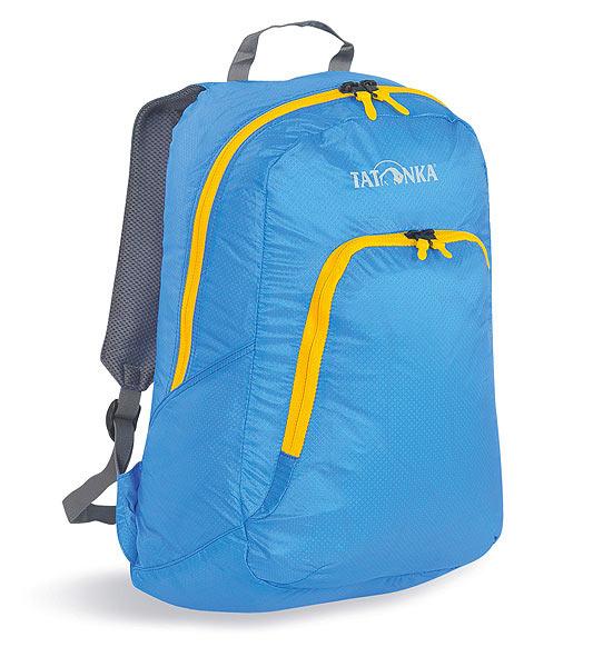 Городской рюкзак Tatonka Squeezy, цвет: голубой, 18 л. 2217.194MABLSEH10001Универсальный складной сверхлегкий рюкзак. Оснащен мягкими лямками, обтянутыми сеточкой и накладным карманом на молнии с держателем ключей. Squeezy изготовлен из очень легкого материала T-Rip Light с силиконовым покрытием и складывается во внутренний карман, превращаясь в аккуратную сумочку размером 13 см х 14 см х 5 см. При этом рюкзак имеет приличный объем и вполне комфортабелен при переноске.Особенности:Подвеска Padded Back.Материал T-Rip Light.Накладной передний карман.Мягкие лямки.Ручка для переноски.Складывается во внутренний карман малого объема.Держатель ключей.Объем 18 л.