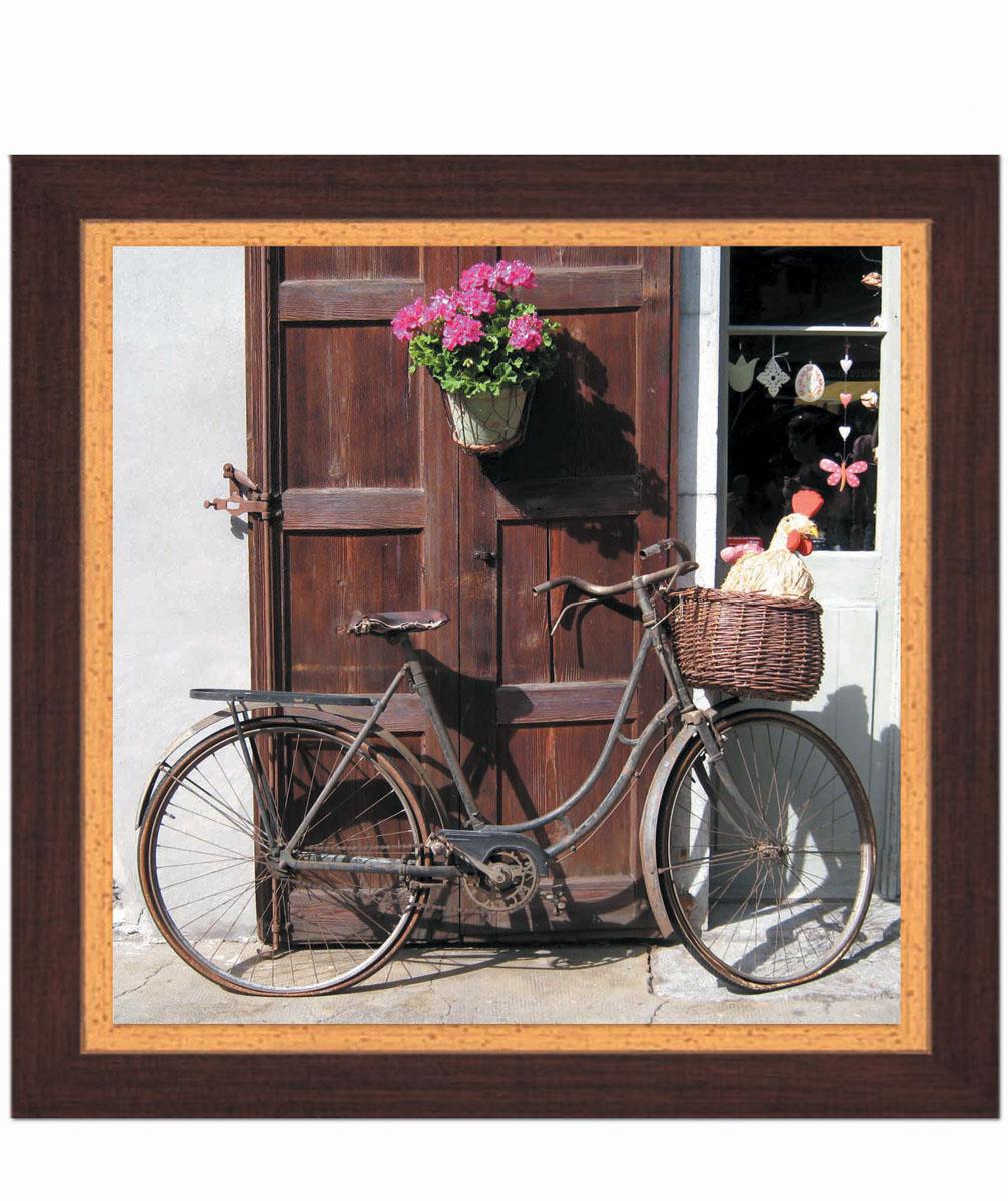 Постер в раме Postermarket Велосипед, 30 х 30 смRG-D31SКартина для интерьера (постер) - современное и актуальное направление в дизайне любых помещений.Постер с красочным изображением велосипеда оформлен в раму коричневого цвета, выполненную из пластика под дерево. Картина защищена прозрачным пластиком. С задней стороны имеется петелька для подвешивания к стене.Картина может использоваться для оформления любых интерьеров: - дом, квартира (гостиная, спальня, кухня, прихожая, детская); - офис (комната переговоров, холл, кабинет); - бар, кафе, ресторан или гостиница. Картины, предоставляемые компанией Постермаркет:- собраны вручную из лучших импортных комплектующих; - надежно упакованы в пленку с противоударными уголками.