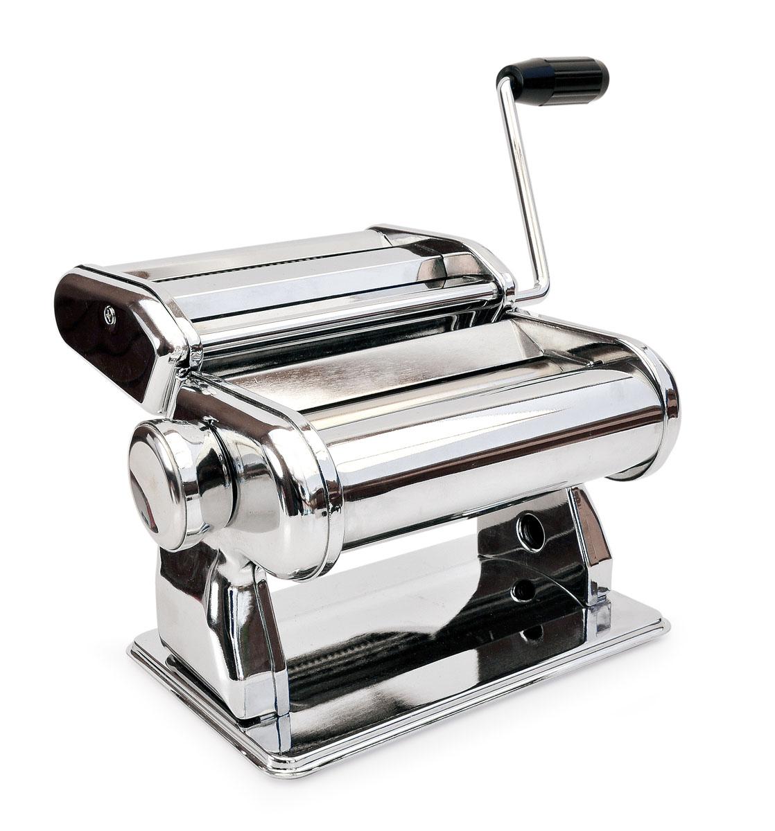 Машинка для приготовления лапши (ручная) PASTA MAKER115510Многофункциональная машинка «Pasta Maker» от IRIS (Испания) предназначена для раскатывания теста и приготовления домашней лапши и спагетти. Она станет для вас незаменимой помощницей на кухне и превратит занятие домашней кулинарией в настоящий праздник! С помощью «Pasta Maker» Вы сможете быстро и без труда приготовить множество первых и вторых блюд и даже разнообразную домашнюю выпечку (супы и лагманы, пельмени и манты, тонкие рисовые блинчики для «Утки по-Пекински», лазанью, торты «Наполеон» или «Птичье молоко», домашние пирожки, «хворост» и многое-многое другое).«Pasta Maker» позволит сохранить семейный бюджет, ведь готовить дома популярные повседневные блюда намного дешевле, чем покупать аналогичные полуфабрикаты в магазине. А самое главное, что благодаря «Pasta Maker» ваше питание станет намного качественнее, что благотворно скажется на здоровье!С помощью «Pasta Maker» можно раскатать тесто толщиной от 0,5 до 3,5 мм. Толщина регулируется поворотом специальной ручки в одно из 8 положений. Машинка также подходит для раскатывания готового теста, которое продается в магазинах в замороженном или свежем виде. Что может особенно понравиться кулинарам – при помощи «Pasta Maker» можно очень тонко раскатать слоеное тесто!«Pasta Maker» может использоваться дома или в местах общественного питания. Машинка очень проста в использовании и подойдет как профессиональным и опытным поварам, так и новичкам. «Pasta Maker» сделана из высококачественной нержавеющей стали. В комплект входят вальцы для раскатывания теста, насадка для нарезания лапши и спагетти, рукоятка, струбцина для крепления на столе и инструкция.Вес с упаковкой: 2,9 кгРазмеры упаковки: 21 х 17 х 14 смВес без упаковки: 2,7 кгРазмеры в собранном виде: 19,5 х 19,5 х 15,5 см Ширина прокатного листа теста: 2,2 мм.Длина прокатного вала: 14,5 см.Материал валов: нержавеющая сталь.