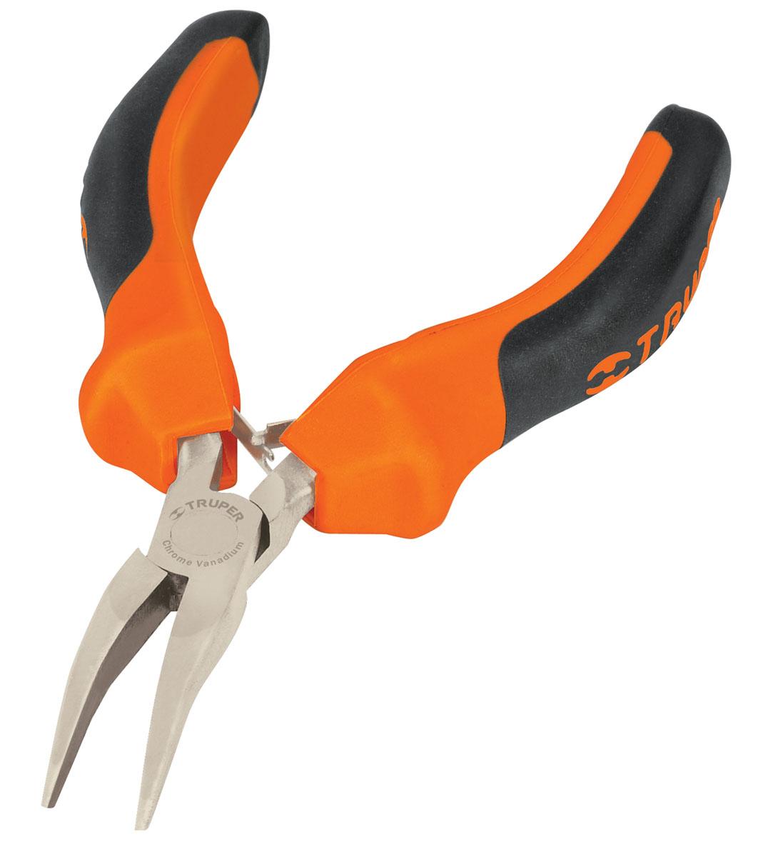Длинногубцы Truper, изогнутые 12,2 см2706 (ПО)Длинногубцы изогнутые Truper предназначены для захвата, зажима и удержания мелких деталей. Изготовлены из кованной хром-ванадиевой стали, которая в два раза прочнее углеродистой стали. Сатинированное покрытие металлической части в 3 раза лучше защищает от коррозии. Обрезиненные рукоятки обеспечивают надежный захват.