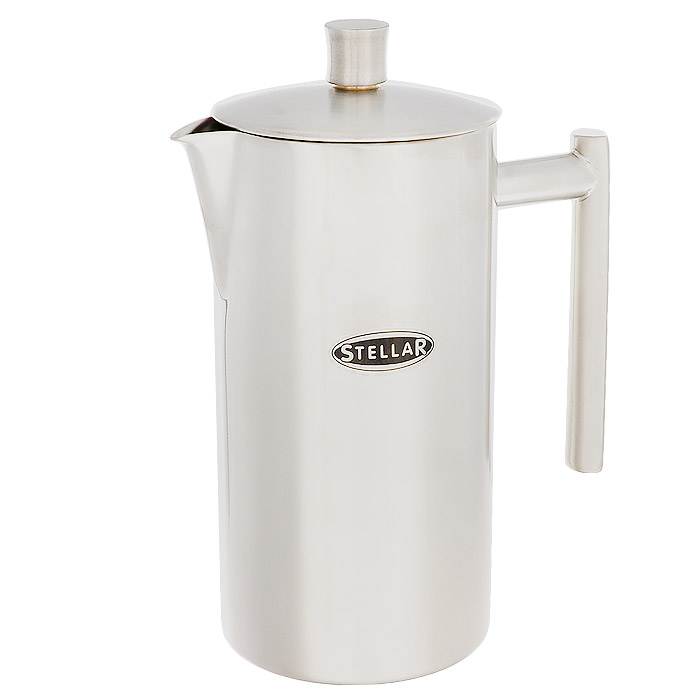 Кофейник Silampos с френч-прессом, 0,8 л94672Кофейник Silampos изготовлен из высококачественной нержавеющей стали с матовой полировкой. Фильтр-поршень из нержавеющей стали обеспечивает равномерную циркуляцию воды и насыщенность напитка. С его помощью также можно регулировать степень крепости кофе. Кофейник оснащен удобной ручкой и носиком для слива. Кофейник Silampos позволит быстро приготовить свежий и ароматный кофе. Можно мыть в посудомоечной машине.Посуда Silampos производится с использованием самых последних достижений в области производства изделий из нержавеющей стали. Алюминиевый диск инкапсулируется между дном кастрюли и защитной оболочкой из нержавеющей стали под давлением 1500 тонн. Этот высокотехнологичный процесс устраняет необходимость обычной сварки, ахиллесовой пяты многих производителей товаров из нержавеющей стали. Вместо того, чтобы сваривать две металлические детали вместе, этот процесс соединяет алюминий и нержавеющей стали в единое целое. Метод полной инкапсуляции позволяет с абсолютной надежностью покрыть алюминиевый диск нержавеющей сталью. Это делает невозможным контакт алюминиевого диска с открытым огнем и активной средой некоторых моющий средств. Посуда Silampos является лауреатом многочисленных Португальских и Европейских конкурсов, и по праву сохраняет лидирующие позиции на рынке кухонной посуды в Европе и мире. Посуда изготовлена из нержавеющей стали с добавлением 18% хрома и 10% никеля. Посуду можно мыть в посудомоечной машине, использовать на всех видах плит (газовые, электрических, керамических и индукционных). Оснащена специальным алюминиевым диском - Impact Disk, разработанным с применением передовой технологии соединения диска с дном кастрюли и защитной оболочкой из нержавеющей стали под высоким давлением. Выдерживают температуру до 600°С. Использование алюминиевого жарораспределяющего диска позволяет значительно сократить время приготовления пищи. Производство Португалия.