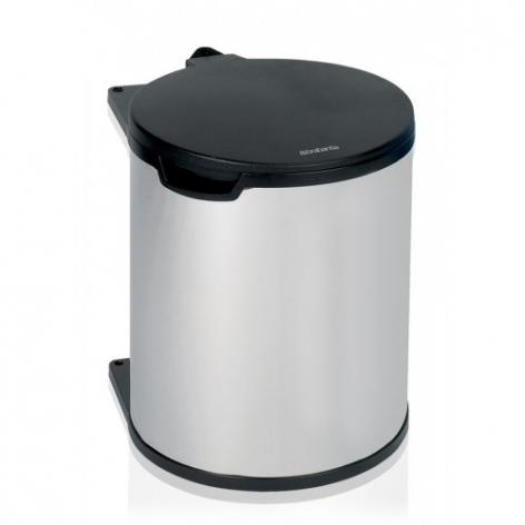 Ведро для мусора Brabantia, встраиваемое, 15 л46974Ведро для мусора Brabantia изготовлено из полированной стали с пластиковой крышкой, благодаря чему не подвержено коррозии. Съемное пластиковое ведро с ручкой легко содержать в чистоте. Ведро встраивается внутрь шкафа. Благодаря компактному дизайну оно легко впишется практически в любой кухонный шкаф. Механизм закрепляется на внутренней части шкафа. Подходит для дверей открывающихся влево и вправо. Фурнитура для монтажа в комплекте. Крышка открывается и закрывается автоматически при открытии/закрытии двери шкафа. Для модели подходят мусорные мешки Brabantia (размер D).