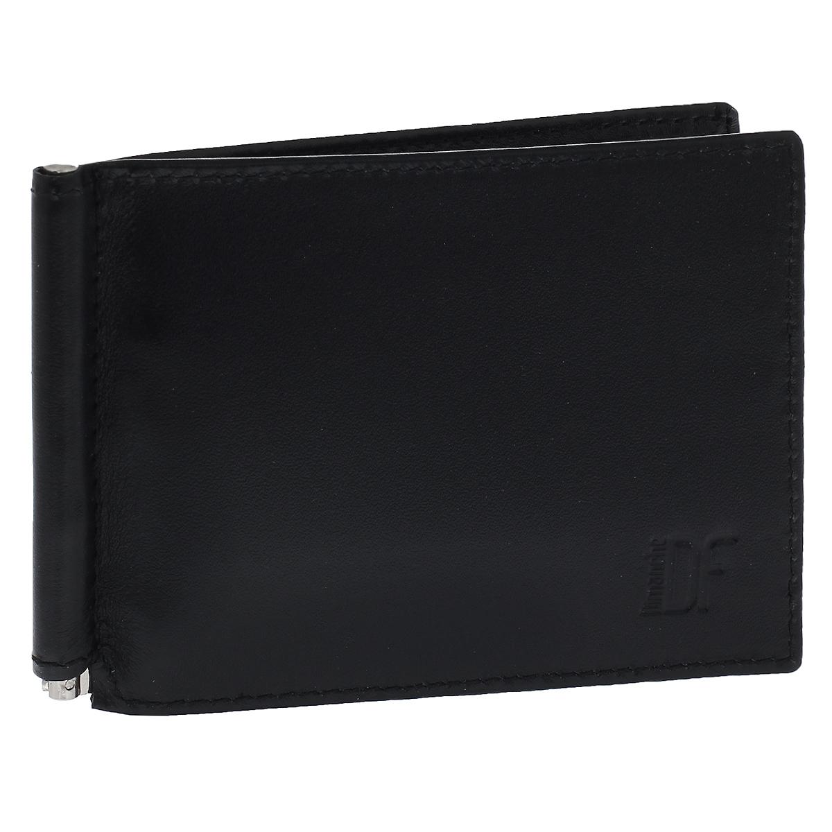 Зажим для денег Dimanche Bond, цвет: черный. 969/1ADYHA03386-WBB0Зажим для денег Dimanche Bond изготовлен из высококачественной натуральной матовой кожи черного цвета. Зажим снабжен фиксирующейся в открытом положении металлической скобой для денег. Внутри также содержится 6 кармашков для пластиковых карт и 2 потайных кармашка. Фурнитура - серебристого цвета.Зажим для денег стильного дизайна идеально дополнит ваш образ и станет незаменимым аксессуаром, который поместится даже в самый маленький карман.