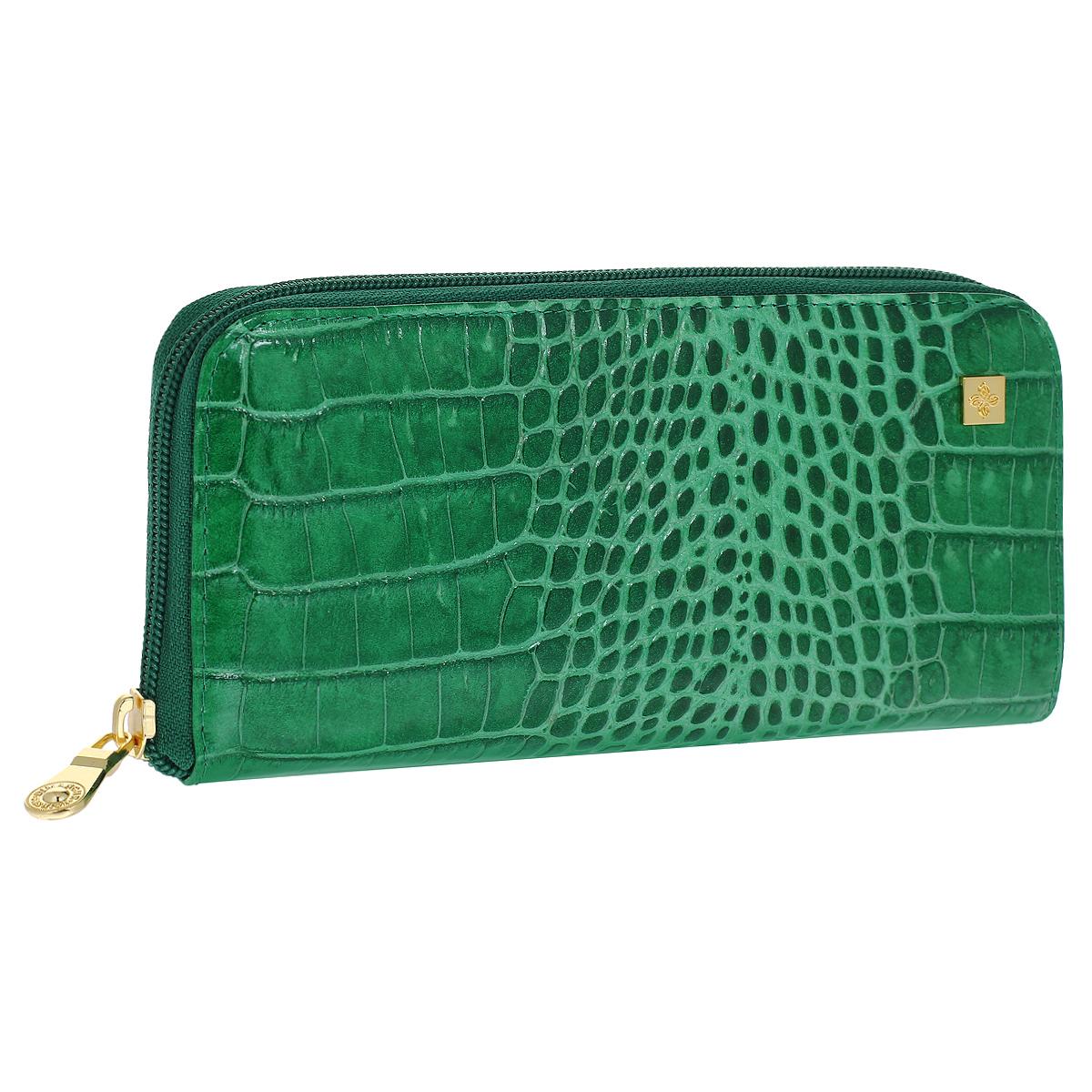 Портмоне женское Dimanche Казино, цвет: зеленый. 986W16-12123_811Стильное женское портмоне Dimanche Казино изготовлено из натуральной лакированной кожи зеленого цвета с декоративным тиснением под рептилию. Закрывается на застежку-молнию. Внутри содержится 4 вместительных отделения для купюр, карман на молнии для мелочи, 6 кармашков для пластиковых карт и 2 потайных кармашка для бумаг, один из которых на молнии. Стильное портмоне эффектно дополнит ваш образ и станет незаменимым аксессуаром.