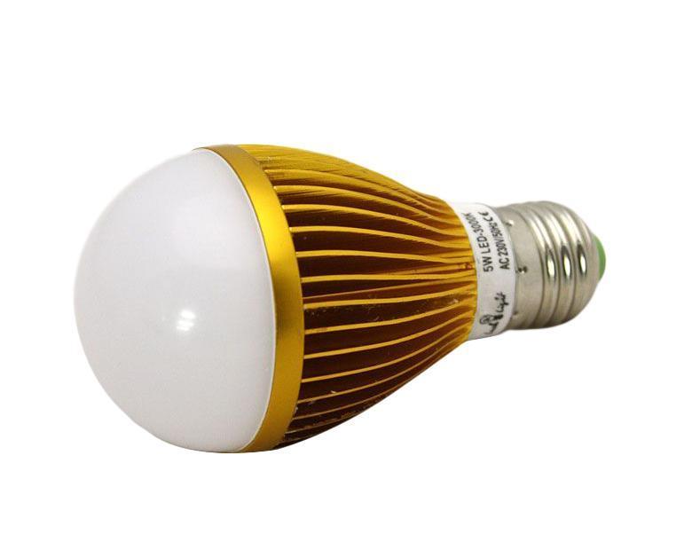 Светодиодная лампа Luck & Light, теплый свет, цоколь E27, 5WC0031140Светодиодная лампа Luck & Light инновационный и экологичный продукт, специально разработанный для эффективной замены любых видов галогенных или обыкновенных ламп накаливания во всех типах осветительных приборов. Основные преимущества лампы Luck & Light: Экономия до 80 % энергии. Средний срок службы 30000 ч. Характеристики: Материал: пластик, металл. Размеры лампы: 11 см х 6 см х 6 см. Размеры упаковки: 12 см х 6 см х 6 см. Гарантия производителем:2 года.