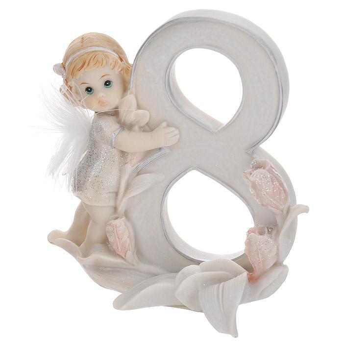 Статуэтка Molento Именинный ангелочек. 8 лет549-082Статуэтка Molento Именинный ангелочек. 8 лет, выполненная из полистоуна, станет отличным подарком для вашего малыша! Все мы знаем, как порой непросто бывает выбрать подходящий подарок к тому или иному торжеству, а декоративные статуэтки Molento всегда были и останутся оригинальным подарком. Этот вид сувенира нельзя назвать бесполезной вещью. Статуэтка может стать великолепным украшением интерьера. Статуэтка является подарком на все времена, подобная вещь никогда не выйдет из моды.Спустя годы она будет только радовать владельца своими изящными формами и плавными линиями.