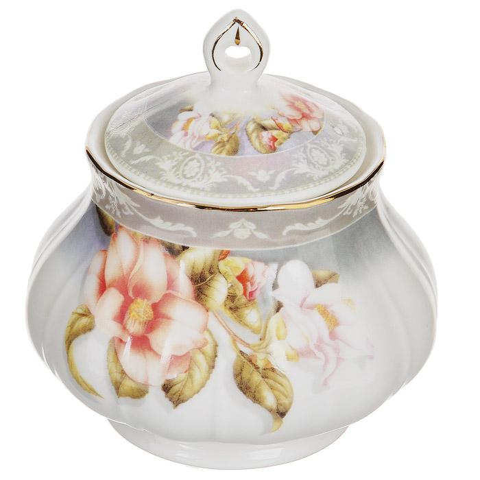 Сахарница Lillo Нюанс, 275 мл115510Сахарница Lillo Нюанс изготовлена из высококачественного фарфора белого цвета. Внешние стенки и крышка оформлены изящным цветочным рисунком. Такая сахарница красиво оформит стол к чаепитию.