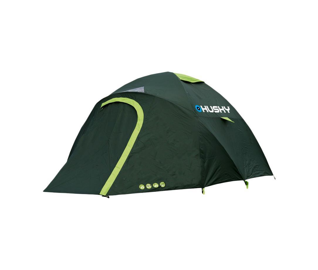 Палатка Husky Bonelli 3 Dark GreenWS 7064Палатка Bonelli 3 - реальный выбор для тех, кто предпочитает лодки велосипедам.Представляет собой двухслойную однокомнатную палатку с двумя входами и одним тамбуром с внутренним расположением дуг. Третья дуга как увеличивает объем тамбура, так и улучшает устойчивость. Внутренняя палатка выполнена из водоотталкивающего нейлона, швы наружного тента проварены специальной лентой. Военно-морская сумка, которая входит в комплект, защитит Вас от всех ловушек путешествия водным путем.Палатка Bonelli 3 главным образом разработана для путешествий по воде, но также отлично подходит для поездок, походов или кемпингов.Основные характеристики:Количество мест:3. Размер палатки:130 см х 280 см х 210 см. Спальная комната:210 см х 190 см. Количество входов:2 шт.Дуги из фибергласа:3 шт., диаметр 0,79 см. Материал тента:Polyester 185T с PU-покрытием, 3000 мм/кв. см. Материал дна:Polyester 190T с PU-покрытием, 6000 мм/кв. см. Материал внутренней палатки:Nylon 190T. Длина палатки в чехле:45 см. Диаметр палатки в чехле:15 см.Вес:3600 г. Цвет:зеленый. Страна: Чехия. В комплект также входят стальные колышки, набор для ремонта и карман-сетка.