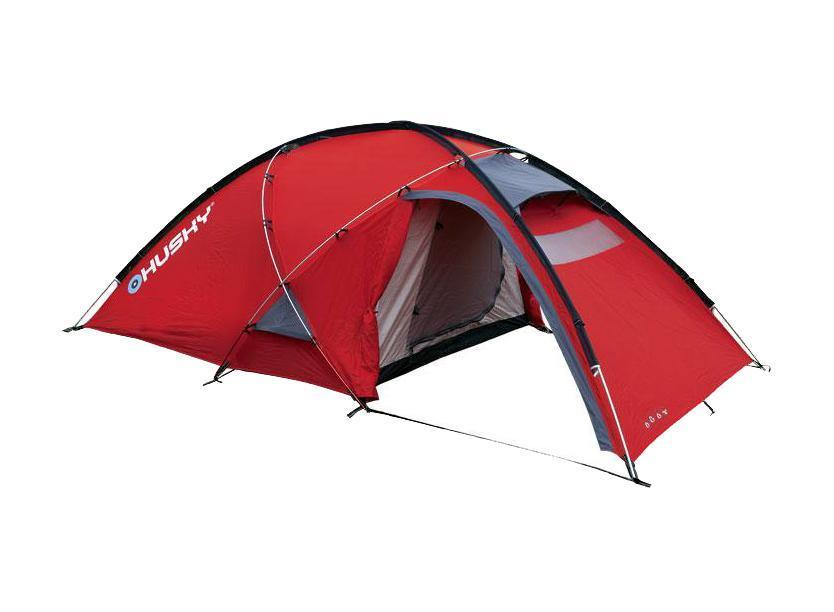 Палатка Husky Felen 2-3 Red, цвет: красныйУТ-000048324Трехсезонная просторная палатка Felen 2-3 отлично подойдет для путешествий. Палатка отличается хорошей устойчивостью, имеет два входа и просторный тамбур. В комплекте компрессионный мешок.Особенность конструкции платки состоит в системе фиксации несущих дуг благодаря внешней конструкции. Эта система основывается на карманах из ткани, сквозь которые продеваются дуги и петлях из усиленного пластика. Такой вид фиксации позволяет легко и быстро поставить палатку даже в экстремальных погодных условиях.Палатка комплектуется алюминиевыми колышками и комплектом для ремонта. Характеристики: Размер палатки: 120 см x 165 см х 340 см. Размер спального места: 210 см х 150 см. Материал внешнего тента: 210Т Polyester Ripstop с полиуретановым покрытием 6000 мм/см2. Материал внутреннего тента: воздухопроницаемый нейлон 210T, вставки из противомоскитной сетки. Материал пола: 190Т Polyester с полиуретановым покрытием 10000 мм/см2. Вес: 4,4 кг. Артикул:FELEN 2-3 red. Производитель: Чехия.