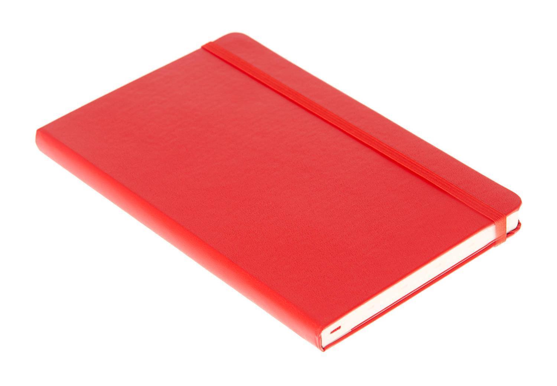 """Записная книжка с 240 нелинованными страницами бумаги. Неповторимые черты записной книжки Молескин: Удобная эластичная застежка; Прочная влагозащитная обложка; Прошитый нитками переплет; Практичные скругленные углы; Не желтеющие со временем страницы; Быстро впитывающая чернила бумага; Функциональная лента-закладка; Вместительный внутренний кармашек. Записная книжка Moleskine занимает 17 место среди 999 самых значимых предметов дизайна, созданных в мире за последние 200 лет. (Издание """"Phaidon Design Classics"""", Великобритания, 2009)."""