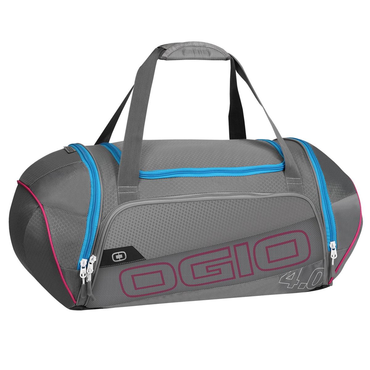 Сумка OGIO Endurance 4.0, цвет: серый, голубой. 112037.37686425-1010Сумка Ogio Endurance 4.0 имеет надежную и легкую конструкцию, обладающую высокой устойчивостью к растяжению.Особенности:Складывающаяся система наплечных ремней.Хорошо вентилируемое сетчатое отделение для обуви.Износостойкое и устойчивое к истиранию брезентовое основание.Особое отделение для продуктов питания.Легкая, износоустойчивая и прочная на разрыв ткань.Вместительное основное отделение.Боковой карман с двусторонней застежкой на молнии.Устойчивая к поту, мягкая литая ручка для переноски.Передний карман на молнии для хранения аксессуаров.Большой карман для бутылки с водой.Яркая подкладка.Объем: 47 л. Материал: кареточная ткань 420D, кареточная ткань.
