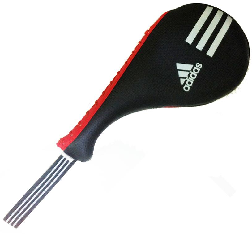 Ракетка для тхэквондо двойная Adidas Kids Double Target Mitt, цвет: красно-черный. Размер XSadiTDT01Двойная ракетка Adidas Kids Double Target Mitt предназначена для тренировочных занятий по тхэквондо и другим единоборствам. Выполнена из полиуретана. Удобная рукоятка упрощает работу с ракеткой. Оснащена ремешком.