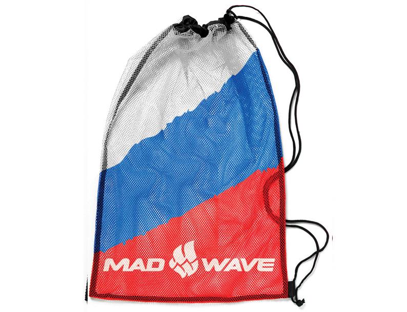 Мешок-сетка для инвентаря Mad Wave, цвет: белый, синий, красный, 65 см х 50 смi6HRwhitestrapВентилируемый мешок из сетчатой ткани Mad Wave предназначен для хранения мокрого инвентаря и спортивной одежды. Мешок фиксируется плотным шнуром, который одновременно служит лямками для переноски на спине. Материал не впитывает воду и быстро сохнет.
