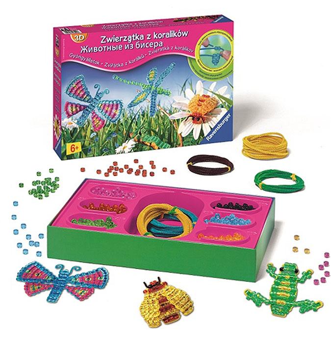 """Набор для бисероплетения """"Животные"""" позволит вам создать своими руками объемных животных и насекомых. Просто нанизывайте бисер на цветную проволоку, а потом придавайте ей форму. Включив фантазию, у вас получатся самые разнообразные фигурки - радужная стрекоза, красочная бабочка, гусеница, пчелка, лягушка, змея. В набор входят бисер 6 цветов (зеленого, розового, голубого, черного, желтого, оранжевого), цветная проволока 4 цветов (общая длина 23 м) и иллюстрированная брошюра. Готовыми поделками можно украсить комнату, использовать их как игрушку или подарить своим родителям. Плетение из бисера - не только интересное, но и очень полезное занятие. Оно развивает воображение, учит работать с цветом и формами, вырабатывает аккуратность и усидчивость. Порадуйте вашего ребенка таким замечательным подарком!"""
