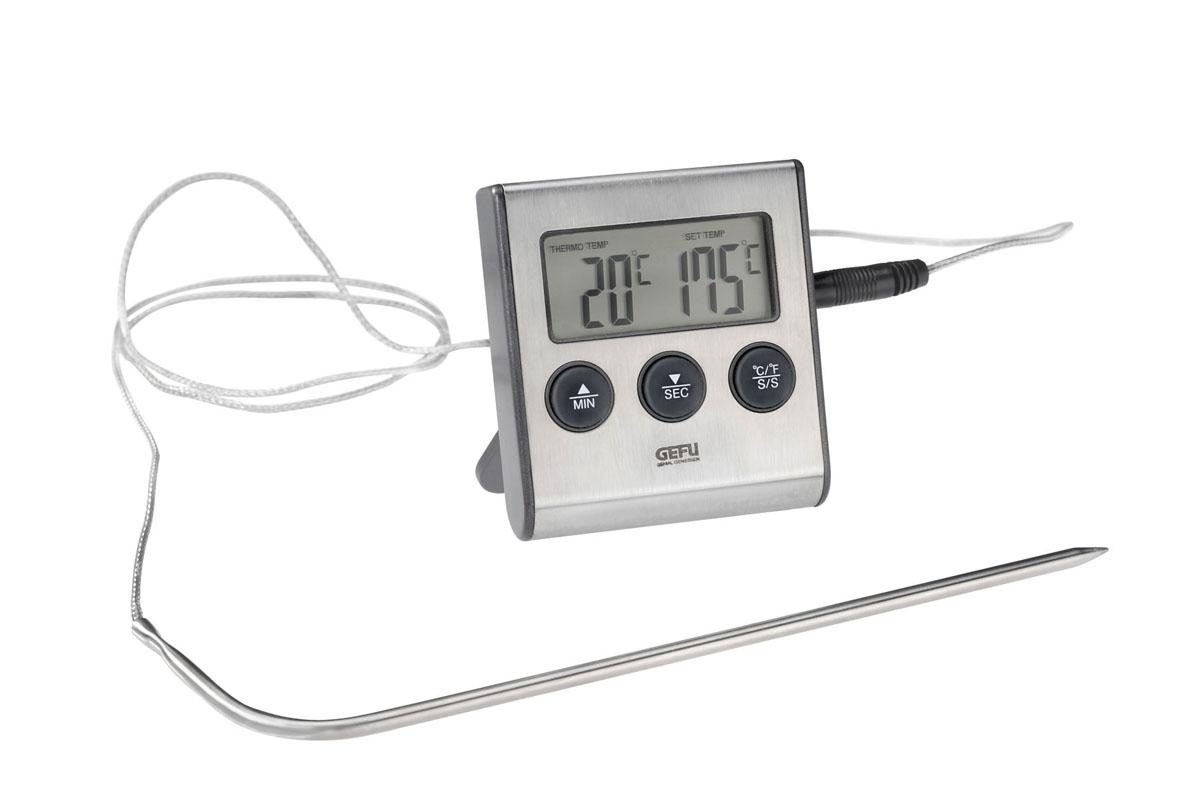 Термометр для жарки электронный Gefu Темпере68/5/4Термометр для жарки Gefu Темпере позволяет измерять температуру блюда во время приготовления. Диапазон измерения от 0 до +250°С. Чтобы предотвратить подгорание блюда, при превышении допустимой температуры термометр издает звуковой сигнал. Корпус термометра изготовлен из высококачественного пластика и нержавеющей стали. К нему подсоединяется специальная проволока со спицей. Стоит лишь воткнуть в самую толстую часть мяса спицу термометра, как вы сразу же узнаете точную температуру продукта. Такой термометр позволит приготовить идеально мягкое и хорошо приготовленное мясо и другие продукты. Такой прибор придется по душе каждой хозяйке и станет незаменимым аксессуаром на кухне.