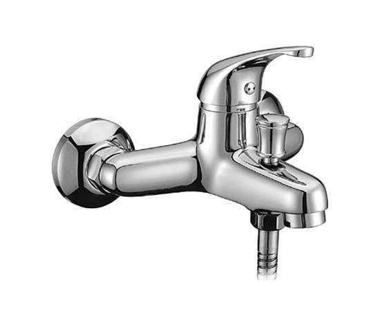 Смеситель для ванны,Davis,комплектный, DA23204CK MI5284_зеленыйМатериал корпуса – латунь высокого качества. Многослойное, стойкое к истираниюникель-хромовое покрытие. Долговечные керамические картриджи.Диаметр картриджа – 35 мм. Фиксируемый дивертор (переключатель на душ). Съемный пластиковый аэратор обеспечиваетровнуюструю, мягкий и экономичный поток воды. В комплекте: душевая лейка, шланг из нержавеющей стали, настенный держатель. В комплекте: отражатели и латунные эксцентрики. Гарантия 3 года. Сервисные центры на территории продаж. Материал: латунь,полиамид, стекловолокно, керамика, пластик, нержавеющая сталь