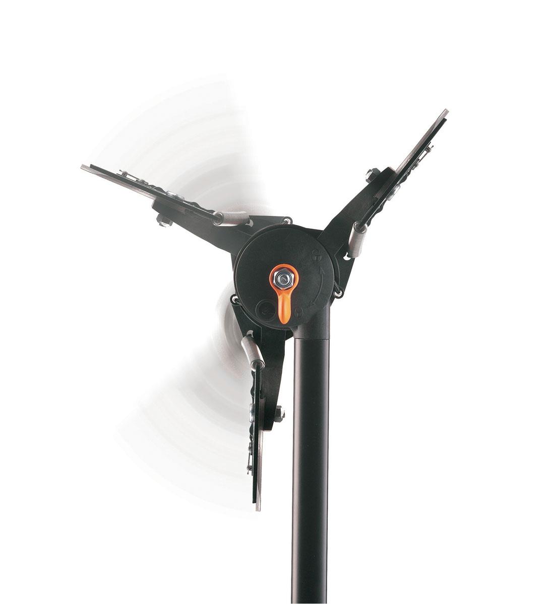 Сучкорез удлиненный Fiskars, вертикальный диапазон 3,5 м, рез 32 ммC0042416Сучкорез Fiskars сконструирован таким образом, чтобы доставать как низко, так и высоко расположенные ветви. С помощью этого инструмента Вы легко обойдетесь без лестницы даже в самых труднодоступных участках. Режущий механизм создает усилие, которого достаточно, чтобы перерезать даже самые жесткие ветви без дополнительных усилий. Для обеспечения максимальной маневренности режущая головка может поворачиваться на 230 градусов, так, чтобы ее положение наилучшим образом подходило для работы.Особенности сучкореза:Вертикальный рабочий диапазон 3,5 метра.Регулируемый угол режущей головки (до 230°).Длинная штанга позволяет осуществлять подрезку в труднодоступных местах с безопасной устойчивой позиции.Эффективный механизм PowerReel облегчает подрезку в 12 раз.Надежный механизм блокировки.Плоскостная техника подрезки для работы с сырой древесиной.