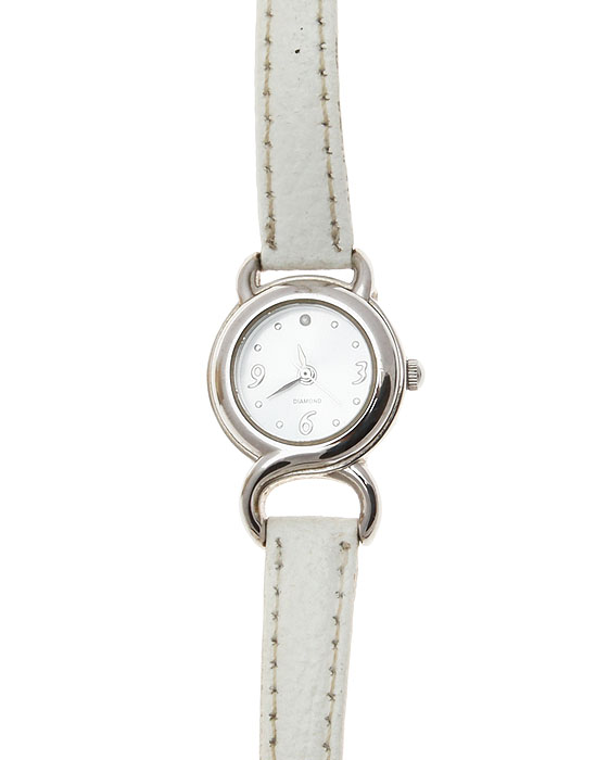 Наручные женские часы DIAMOND . Нержавеющая сталь. Япония, 2000-е годы23008Наручные женские часы DIAMOND . Нержавеющая сталь. Япония, 2000-е годы.Размер циферблата1,5 см. Сохранностьочень хорошая.Тип крепления: кожаный ремешок.На обратной стороне надпись:STAINLESS STEEL BACK, JAPAN MOVT. Серийный номер SR626SW F313929-1/P.Нарядныеженские часики.Механизм в отличном состоянии.Произведена замена батарейки.