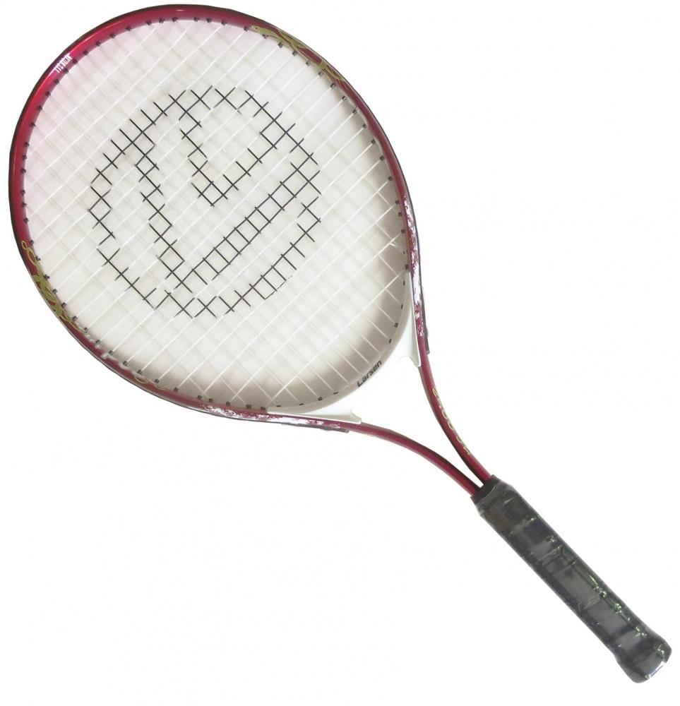 Ракетка для большого тенниса Larsen JR2500332515-2800Ракетка для большого тенниса Larsen JR2500 предназначена специально для начинающих игроков. Ручка ракетки отлично закрепляется в руке. Легкость материала обеспечивает быстрый размах ракеткой и хороший контроль мяча на поле. Игра с Larsen JR2500 доставит вам немало удовольствия.Рекомендуемое натяжение: 45-50 lbs/20-22 кг.Вес: 305 +/- 5 г.