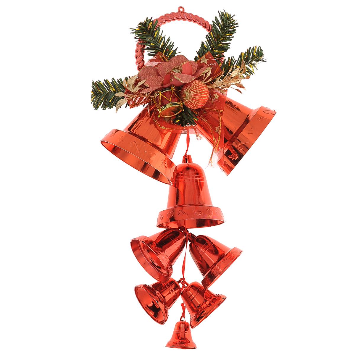 Новогоднее подвесное украшение Колокольчики, цвет: красный. 3441834881/75757Новогоднее украшение Колокольчики отлично подойдет для декорации вашего дома и новогодней ели. Игрушка выполнена в виде связки на декоративной ленте из шести пластиковых колокольчиков различных размеров. Связка украшена декоративным элементом в виде цветка с золотистым листком, ветками с ягодами и текстильным бантом с мишурой. Колокольчики украшены мишурой и золотой каймой по краю. Украшение оснащено специальной текстильной петелькой для подвешивания. Елочная игрушка - символ Нового года. Она несет в себе волшебство и красоту праздника. Создайте в своем доме атмосферу веселья и радости, украшая всей семьей новогоднюю елку нарядными игрушками, которые будут из года в год накапливать теплоту воспоминаний.