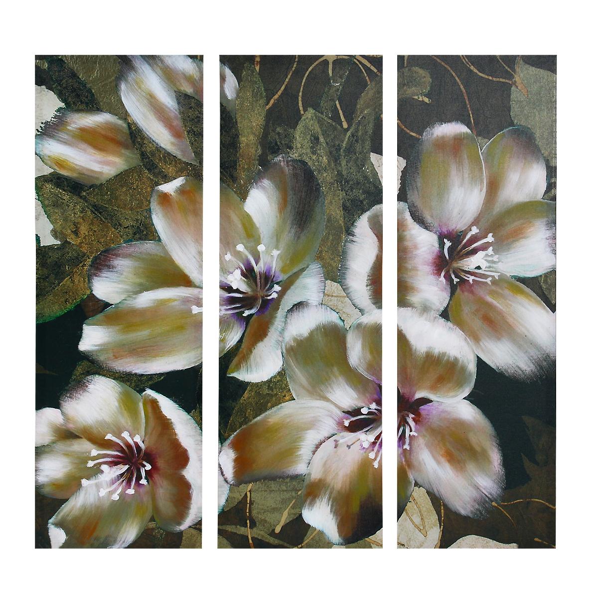 Картина-репродукция без рамки Цветы, 78 см х 80 см х 2,5 см. 36031AP-00814-00030-Cn3060Картина-репродукция без рамки Цветы выполнена из натуральной древесины. Техника выполнения - масляная печать на холсте с ручной подрисовкой. Картина состоит из трех частей с изящным цветочным рисунком. Такая картина - вдохновляющее декоративное решение, привносящее в интерьер нотки творчества и изысканности! Благодаря оригинальному дизайну картина дополнит интерьер любого помещения, а также сможет стать изысканным подарком для ваших друзей и близких.