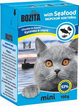 Консервы для кошек Bozita mini, мясные кусочки в желе в соусе, с морским коктейлем, 190 г2103Консервы Bozita mini - это полнорационное влажное питание супер премиум класса для кошек. Содержит 93% свежего шведского мяса, которое никогда не было заморожено. Состав: 93% свежего мяса: курица, свинина, рыба белых пород (4% в каждом кусочке), моллюски (2% в каждом кусочке), креветки (2% в каждом кусочке), говядина, карбонат кальция, дрожжи MacroGard. Добавки на кг: витамин А 2000 МЕ, витамин D3 200 МЕ, витамин Е 12 мг, таурин 700 мг, медь 2 мг (сульфат меди-(II), пентагидрат), марганец 1,8 мг (оксид марганца -II и -III), цинк 14 мг (сульфат цинка, моногидрат), йод 0,1 мг (йодат кальция, моногидрат). Анализ: белок 8,5%, жир 4,5%, клетчатка 0,5%, зола 2,3% (кальций 0,35%, фосфор 0,3%, магний 0,02%), влага 83%. Питание не содержит ГМО. Энергетическая ценность: 280 кДж/100г. Вес: 190 г.Товар сертифицирован.