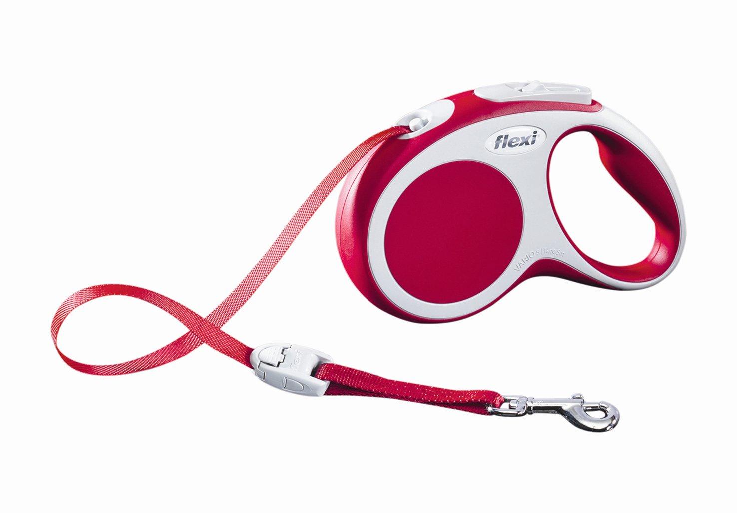 Поводок-рулетка Flexi Vario Compact S для собак до 15 кг, цвет: красный, 5 м019320Поводок-рулетка Flexi Vario Compact S изготовлен из пластика и нейлона. Ленточный поводок обеспечивает каждой собаке свободу движения, что идет на пользу здоровью и радует вашего четвероногого друга. Рулетка очень проста в использовании, оснащена кнопками кратковременной и постоянной фиксации. Ее можно оснастить - мультибоксом для лакомств или пакетиков для сбора фекалий, LED подсветкой корпуса, своркой или ремнем с LED подсветкой. Поводок имеет прочный корпус, хромированную застежку и светоотражающие элементы.Длина поводка: 5 м. Максимальная нагрузка: 15 кг.Товар сертифицирован.