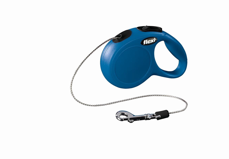 Поводок-рулетка Flexi Classic Basic Mini XS для собак до 8 кг, цвет: синий, 3 м0120710Поводок-рулетка Flexi Classic Basic Mini XS изготовлен из пластика и нейлона. Подходит для собак весом до 8 кг. Тросовый поводок обеспечивает каждой собаке свободу движения, что идет на пользу здоровью и радует вашего четвероногого друга. Рулетка очень проста в использовании. Она оснащена кнопками кратковременной и постоянной фиксации. Ее можно оснастить мультибоксом для лакомств или пакетиков для сбора фекалий, LED подсветкой корпуса, своркой или ремнем с LED подсветкой. Поводок имеет прочный корпус, хромированную застежку и светоотражающие элементы.Длина поводка: 3 м. Максимальная нагрузка: 8 кг.Товар сертифицирован.