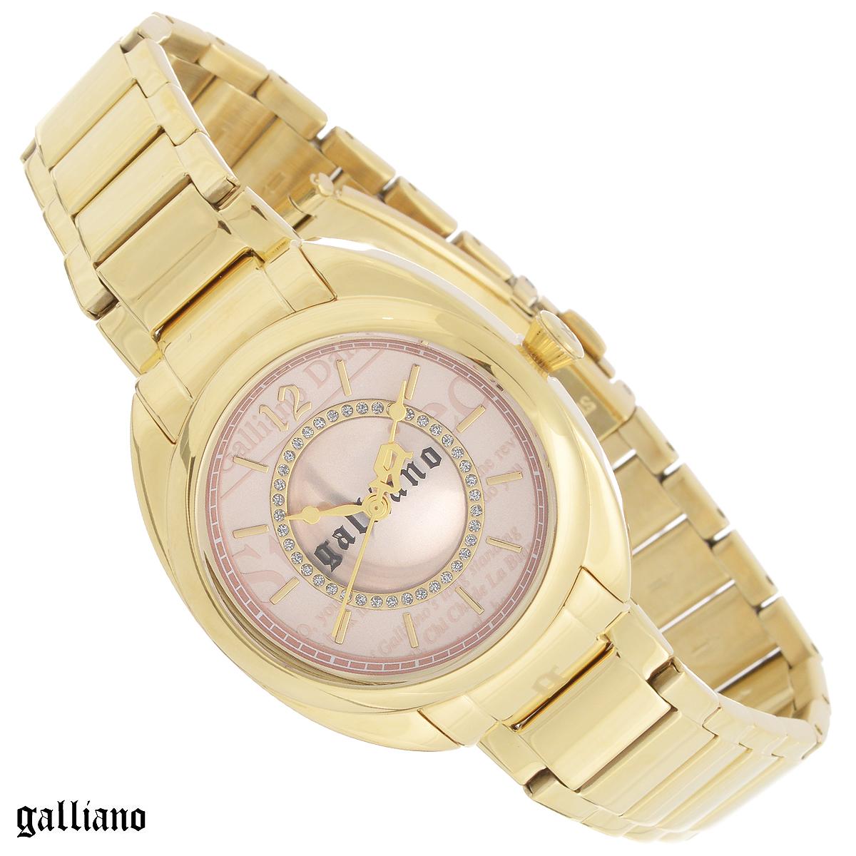 Часы женские наручные Galliano, цвет: золотой. R2553111501BM8434-58AEНаручные женские часы Galliano оснащены кварцевым механизмом. Корпус выполнен из высококачественной нержавеющей стали с PVD-покрытием. Циферблат с отметками оформлен кристаллами и защищен сапфировым стеклом. Часы имеют три стрелки - часовую, минутную и секундную. Браслет часов выполнен из нержавеющей стали с PVD-покрытием и оснащен раскладывающейся застежкой. Часы укомплектованы паспортом с подробной инструкцией. Часы Galliano благодаря своему великолепному дизайну и качеству исполнения станут главным акцентом вашего образа. Характеристики:Диаметр циферблата: 2,8 см.Размер корпуса: 3,4 см х 3,4 см х 0,9 см.Длина браслета (с корпусом): 25,5 см.Ширина браслета: 1,6 см.
