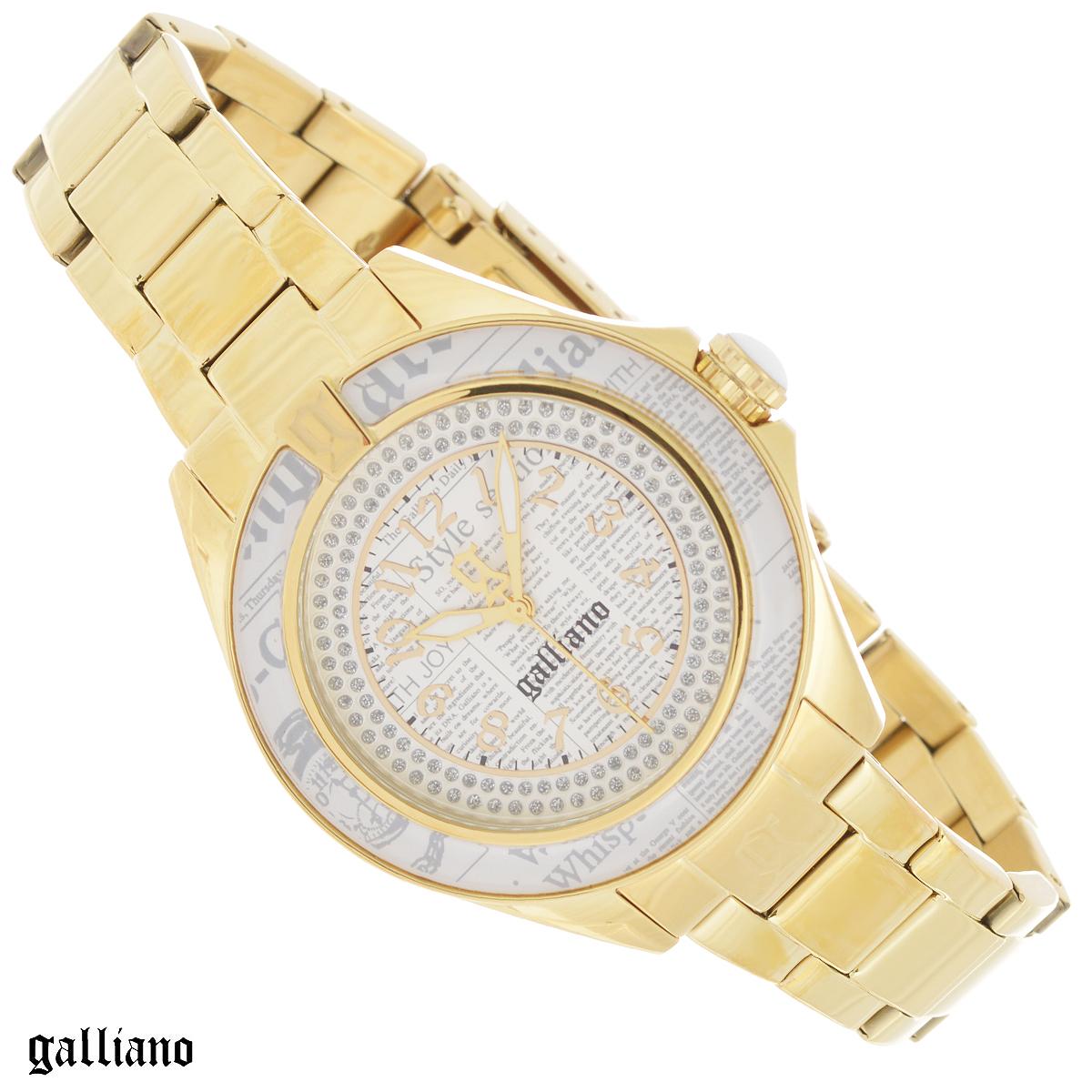 Часы женские наручные Galliano, цвет: золотой. R2553105505EQW-M710DB-1A1Наручные женские часы Galliano оснащены кварцевым механизмом. Корпус выполнен из высококачественной нержавеющей стали с PVD-покрытием, безель - из высокотехнологичной смолы. Циферблат с арабскими цифрами декорирован кристаллами и защищен минеральным стеклом. Часы имеют три стрелки - часовую, минутную и секундную. Заводная головка с защитой украшена камнем в форме кабошона. Циферблат и безель украшены принтом газета. Браслет часов выполнен из нержавеющей стали с PVD-покрытием оснащен раскладывающейся застежкой.Часы укомплектованы паспортом с подробной инструкцией. Часы Galliano благодаря своему великолепному дизайну и качеству исполнения станут главным акцентом вашего образа. Характеристики: Диаметр циферблата: 2,9 см.Размер корпуса: 3,9 см х 3,9 см х 1 см.Длина браслета (с корпусом): 24,5 см.Ширина браслета: 1,5 см.