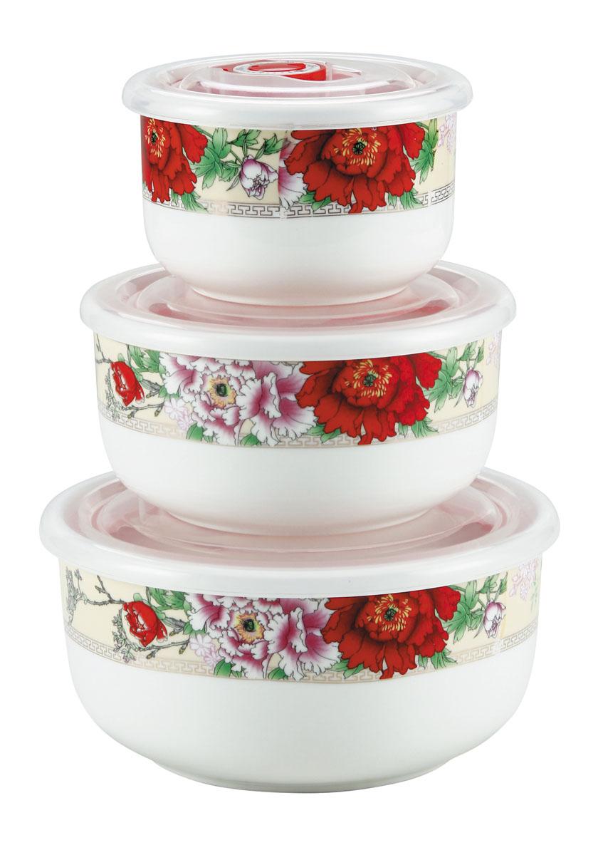 Набор вакуумных контейнеров Bekker Цветы с крышками, 3 штVT-1520(SR)Набор Bekker Цветы состоит из трех круглых вакуумных контейнеров разного объема. Контейнеры выполнены из высококачественного фарфора и декорированы цветочным принтом. Изделия надежно закрываются пластиковыми прозрачными вакуумными крышками, которые снабжены силиконовыми уплотнителями для лучшей фиксации. Благодаря этому они будут дольше сохранять свежесть ваших продуктов. Крышки оснащены специальным откидывающимися механизмами с отметками дня месяца, которые вы можете установить вручную и всегда быть уверенным в сроке годности продуктов. Чтобы открыть контейнер, вам нужно откинуть механизм вверх. Набор очень удобно хранить, и на кухне он не займет много места, так как изделия складываются друг в друга по принципу матрешки.Функциональный и яркий набор контейнеров Bekker Цветы займет достойное место среди аксессуаров на вашей кухне.Контейнеры пригодны для использования в микроволновой печи и посудомоечной машине.
