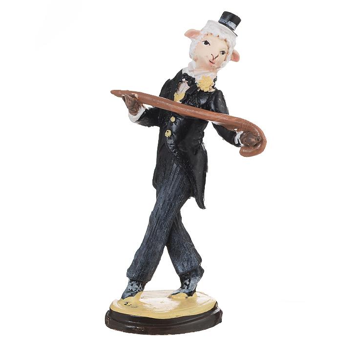Декоративная фигурка Овечка в образе Луи Армстронга, высота 12 см. 34556THN132NДекоративная фигурка Овечка в образе Луи Армстронга станет прекрасным сувениром, который вызовет улыбку и поднимет настроение. Фигурка выполнена из полирезины в виде овечки в костюме, в шляпке и с тросточкой.Поставьте фигурку в любое понравившееся вам места, где она будет удачно смотреться и радовать глаз.