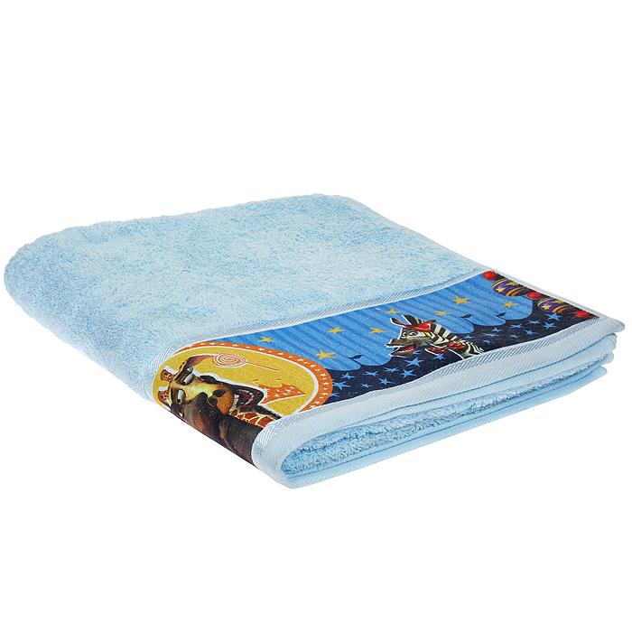 Полотенце махровое Непоседа Мадагаскар. Алекс, цвет: голубой, 60 см х 130 см. 179932531-105Полотенце Непоседа Мадагаскар. Мелман выполнено из натуральной махровой ткани. Изделие украшено изображением жирафа Мелмана - одного из главных героев мультфильма Мадагаскар. Мягкое и уютное, оно прекрасно впитывает влагу и легко стирается. Такое полотенце подарит массу положительных эмоций и обязательно понравится вашему ребенку.Рекомендации по уходу: - использовать моющие средства для цветного белья, - машинная и ручная стирка при температуре 40°С, - щадящие отжим и сушка в барабане, - не рекомендуется отбеливать, - гладить при температуре до 200°С.