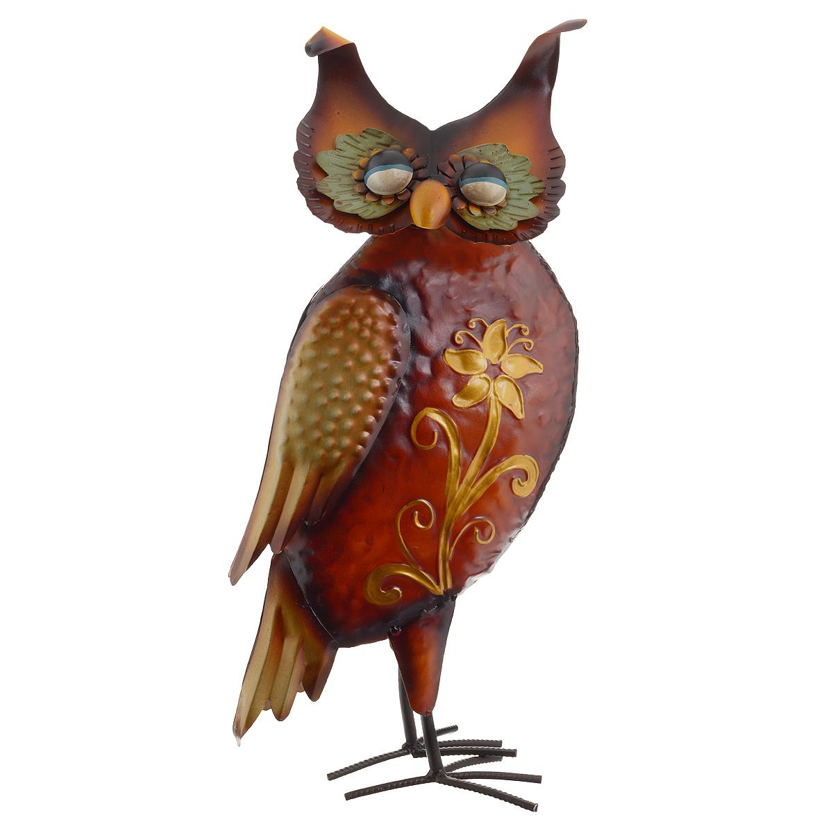 Фигура декоративная Molento Филин. 576-068Брелок для ключейДекоративная фигура Molento Филин, изготовленная из металла, позволит вам украсить интерьер дома, рабочего кабинета или любого другого помещения оригинальным образом. Изделие выполнено в виде филина, тело которого оформлено цветочным узором. Крылья птицы имеют рельефную поверхность. Голова филина подвижна благодаря пружине, на которой она крепится к телу. С такой декоративной фигурой вы сможете не просто внести в интерьер элемент оригинальности, но и создать атмосферу загадочности и изысканности.