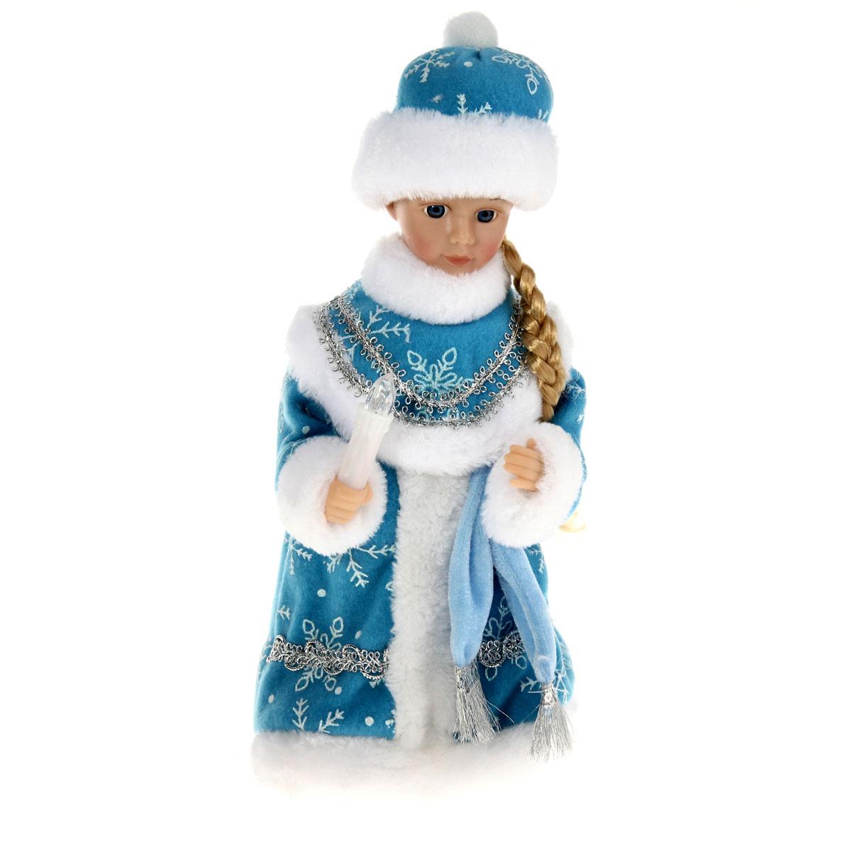 Новогодняя декоративная фигурка Sima-land Снегурочка, музыкальная, 29 см. 82783633870Новогодняя декоративная фигурка выполнена из высококачественного пластика в виде Снегурочки. Снегурочка одета в шубу с опушкой, украшенную снежинками и декоративной тесьмой. На голове шапка в цвет шубы. В руке Снегурочка держит свечку. Кукла стоит на пластиковой подставке. Особенностью фигурки является наличие механизма, при включении которого начинает играть новогодняя мелодия, свечка светится, а голова и руки Снегурочки начинают двигаться. Ее добрый вид и очаровательная улыбка притягивают к себе восторженные взгляды. Декоративная фигурка Снегурочка подойдет для оформления новогоднего интерьера и принесет с собой атмосферу радости и веселья. УВАЖАЕМЫЕ КЛИЕНТЫ!Обращаем ваше внимание на тот факт, что декоративная фигурка работает от трех батареек типа АА напряжением 1,5V. Батарейки в комплект не входят.