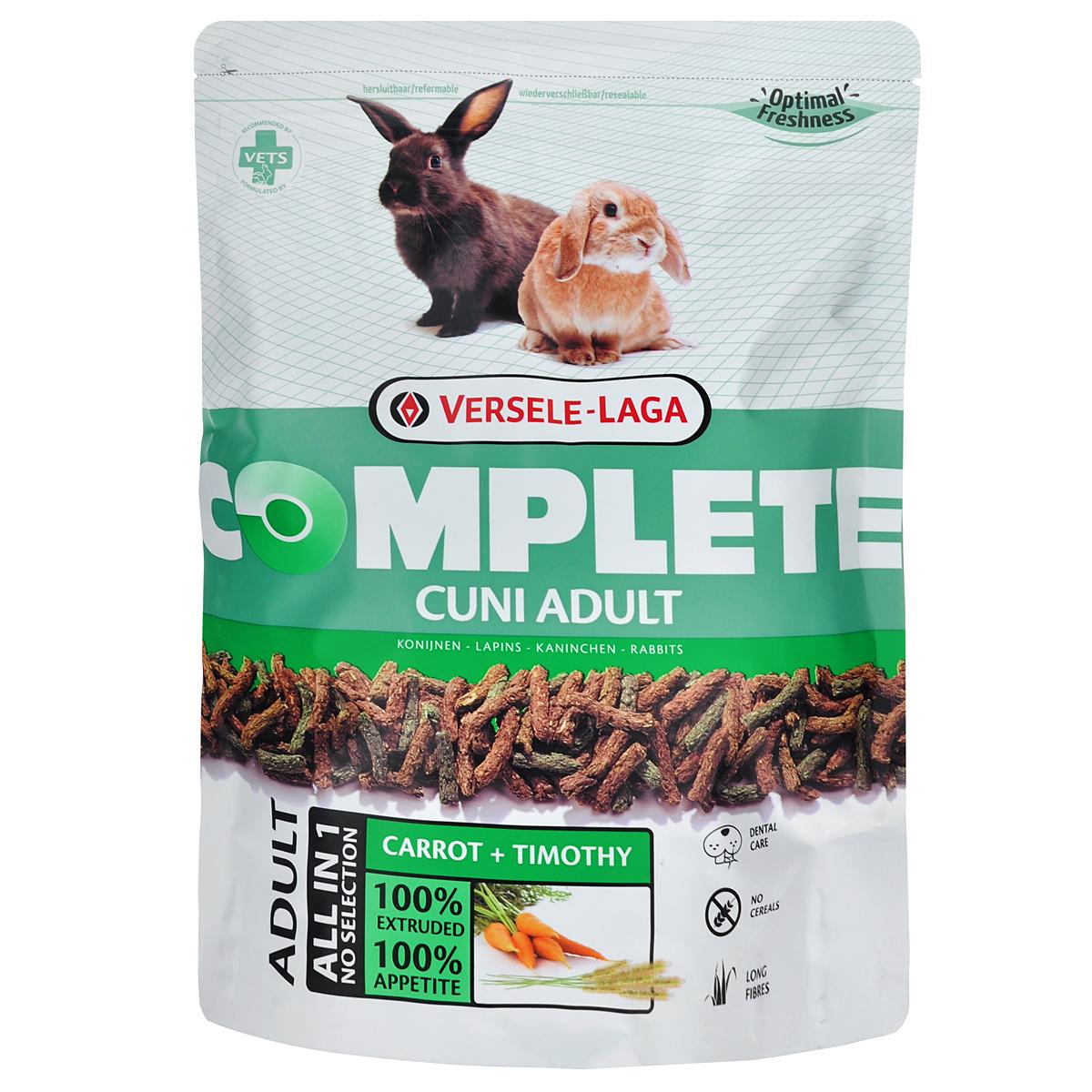 Корм для кроликов Versele-Laga Complete Cuni Adult, комплексный, 500 г0120710Versele-Laga Complete Cuni Adult - это полноценный и вкусный корм для (карликовых) кроликов, состоящий на 100 % из легкоусвояемых экструдированных гранул. Уход за зубами Проблемы с зубами часто встречаются у (карликовых) кроликов. Обычно это следствие применения неподходящего корма, в котором не хватает ингредиентов, способствующих естественному стачиванию и постоянному росту зубов. Добавление специальных длинных волокон клетчатки в гранулы Versele-Laga Complete Cuni Adult способствует жевательному процессу, обеспечивая необходимое стачивание зубов и здоровье полости рта.Свежие овощи Процесс экструзии позволяет добавлять свежие овощи в гранулы. Добавление по крайней мере 10 % свежих овощей позволяет получить замечательный вкус. Смешивая овощи с клетчаткой с основой Cuni Complete мы получаем замечательный корм для (карликовых) кроликов с высокой степенью усвояемости.Длинные волокна (Карликовые) кролики - это травоядные животные от природы, которым необходимо питание с достаточным количеством клетчатки и низким содержанием крахмала. Complete Cuni Adult содержит 20 % грубых волокон. Новый, уникальный производственный процесс позволяет включать в корма серии Complete цельные длинные волокна, богатые силикатом. Эти волокна обычно есть в природном корме. Они поддерживают и улучшают функцию пищеварения и роста зубов намного лучше, чем традиционные корма для грызунов, содержащие перемолотые волокна.Низкокалорийный Сочетание низкого содержания калорий, низкого содержания крахмала и большого содержания длинных волокон в экструдированных гранулах дает легкоусвояемый и сбалансированный корм. Таким образом, вес вашего (карликового) кролика будет оставаться идеальным.Флорастимул Добавление пребиотиков, ФруктоОлигоСахаридов (ФОС) и МаннанОлигоСахаридов (МОС) благотворно влияет на микрофлору кишечника. Таким образом, достигается оптимальный баланс и хорошая работа кишечника.Витамин Плюс Добавление незамени