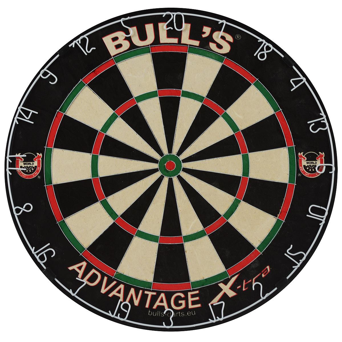 Мишень Bulls Advantage Xtra Bristle BoardKBO-1014Мишень Bulls Advantage Xtra Bristle Board - официальная мишень Всемирной Федерации Дартс (WDF), мишень Кубка Мира по дартс 1999-2011. Имеет классическую турнирную форму и размеры. Изготовлена из силумина, сизаля, пластика и МДФ. Ультратонкие стальные разделительные пластины врезаны в поверхность мишени. Мишень оснащена металлическим кольцом, покрытым белой краской. Увеличенное секторное поле, особенно в зонах удвоения очков.Мишень не имеет крепежных скобок. В комплекте - специальные крепежные элементы для подвешивания к стене.Возврат товара возможен только при наличии заключения сервисного центра. Время работы сервисного центра:Пн-чт: 10.00-18.00 Пт: 10.00- 17.00 Сб, Вс: выходные дни Адрес: ООО ГАТО, 121471, г.Москва, ул. Петра Алексеева, д 12., тел. (495)232-4670, gato@gato.ru