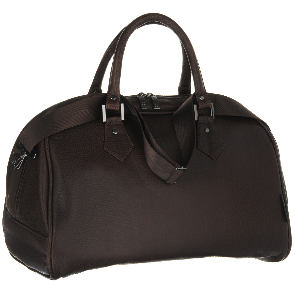 Сумка дорожная Antan, цвет: коричневый. 2-137 В74494Дорожная сумка Antan выполнена из фактурной искусственной кожи. Удобные ручки крепятся к корпусу сумки при помощи металлической фурнитуры. Изделие закрывается на удобную застежку-молнию с двумя бегунками. Вместительное внутреннее отделение дополнено врезным карманом на застежке-молнии. В комплекте с сумкой - съемный регулируемый плечевой ремень.Стильная дорожная сумка не только дополнит ваш образ, но и отлично подойдет для дальних поездок. В ней вы сможете оптимально распределить все необходимые вещи.