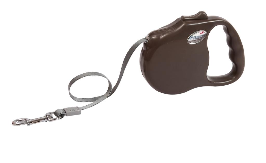 Поводок-рулетка Freego Ракушка для собак до 23 кг, размер М, цвет: коричневый, 3 м0120710Поводок-рулетка Freego Ракушка изготовлен из пластика и нейлона. Выдвижная нейлоновая лента-поводок имеет хромированную застежку-карабин, с помощью которой надежно пристегивается к ошейнику. Поводок-рулетка Freego Ракушка - это необходимый, практичный и стильный атрибут для прогулок с вашей собачкой. Его длину можно зафиксировать с помощью специальной кнопки. Длина поводка: 3 м. Максимальная нагрузка: 23 кг.