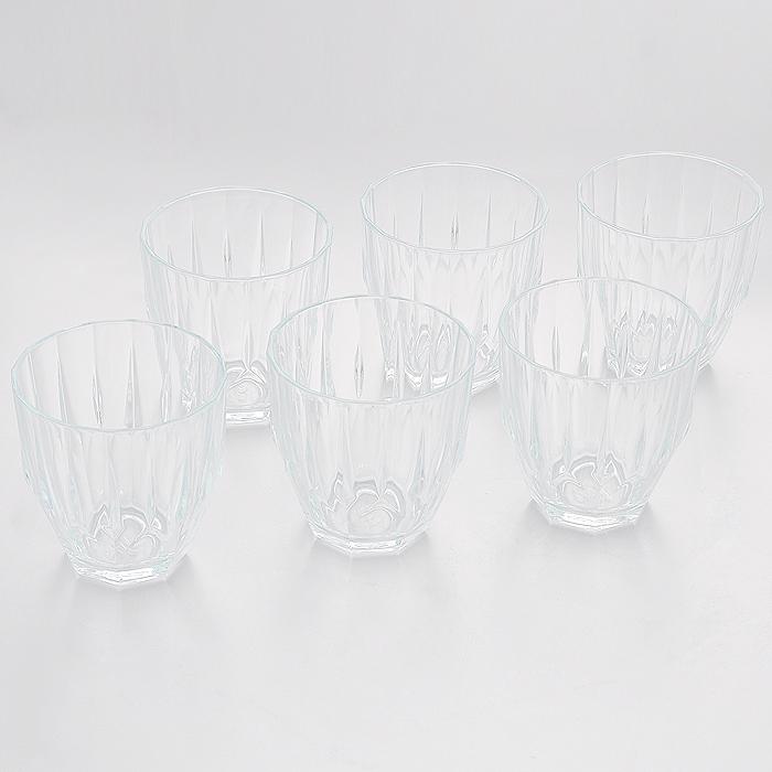 Набор стаканов Pasabahce Diamond, 275 мл, 6 штVT-1520(SR)Набор Pasabahce Diamond состоит из шести низких стаканов, изготовленных из прочного натрий-силикатного стекла. Изделия оснащены рельефными стенками и несомненно, придутся вам по душе. Стаканы предназначены для подачи сока, воды и других напитков. Предметы набора сочетают в себе элегантный дизайн и функциональность. Благодаря такому набору пить напитки будет еще вкуснее. Набор стаканов Pasabahce Diamond идеально подойдет для сервировки стола и станет отличным подарком к любому празднику.Можно мыть в посудомоечной машине.