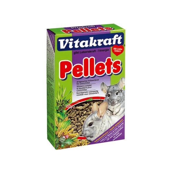 Корм для шиншилл Vitakraft Pellets, 400 г24Корм для шиншилл Vitakraft Pellets - это идеальная основная диета для вашего пушистого зверька: гранулы с добавлением солода. Рецептура без содержания сахара и с умеренным количеством нутриентов обогащена незаменимыми витаминами и грубой клетчаткой для поддержания здорового пищеварения. Этот корм подойдет для особо привередливых зверьков: поскольку в нем содержатся только гранулы, то шиншилла не будет выбирать, оставляя какую-то часть корма несъеденной.Аппетитные гранулы с добавлением солода; Богаты клетчаткой, витаминами и минералами; Не содержит сахара, усилителей вкуса и консервантов.Состав: компоненты растительного происхождения (15% пшеница), злаки, минеральные вещества. Анализ состава: 16% протеин, 2,8% жиры, 18,4% клетчатка, 11,5% влажность, 10% зола.Товар сертифицирован.