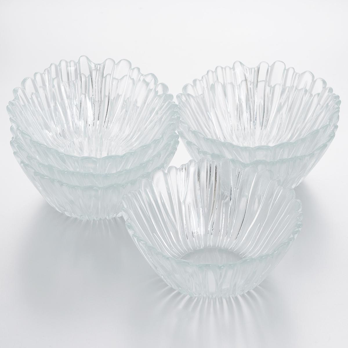 Набор салатников Pasabahce Аврора, диаметр 14 см, 6 шт. 10601B391602Набор Pasabahce Аврора состоит из шести круглых салатников, выполненных из прочного закаленного натрий-кальций-силикатного стекла с повышенной термостойкостью. Стенки украшены изящным рельефом. Такие салатники прекрасно подойдут для сервировки закусок, нарезок, салатов и других блюд. Набор прекрасно оформит праздничный стол и удивит вас изысканным дизайном. Можно мыть в посудомоечной машине и использовать в микроволновой печи.