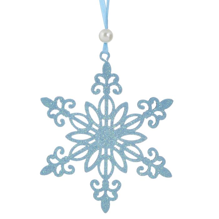 Новогоднее подвесное украшение Снежинка, цвет: голубой. 31060C0038550Оригинальное новогоднее украшение выполнено из металла в виде снежинки голубого цвета, украшенной блестками. С помощью текстильной ленточки, оформленной бусиной-жемчужиной, украшение можно повесить в любом понравившемся вам месте. Но, конечно, удачнее всего такая игрушка будет смотреться на праздничной елке.Новогодние украшения приносят в дом волшебство и ощущение праздника. Создайте в своем доме атмосферу веселья и радости, украшая всей семьей новогоднюю елку нарядными игрушками, которые будут из года в год накапливать теплоту воспоминаний. Характеристики:Материал: металл, текстиль, блестки, пластик. Цвет: голубой. Размер украшения: 10,5 см х 9,5 см. Артикул: 31060.