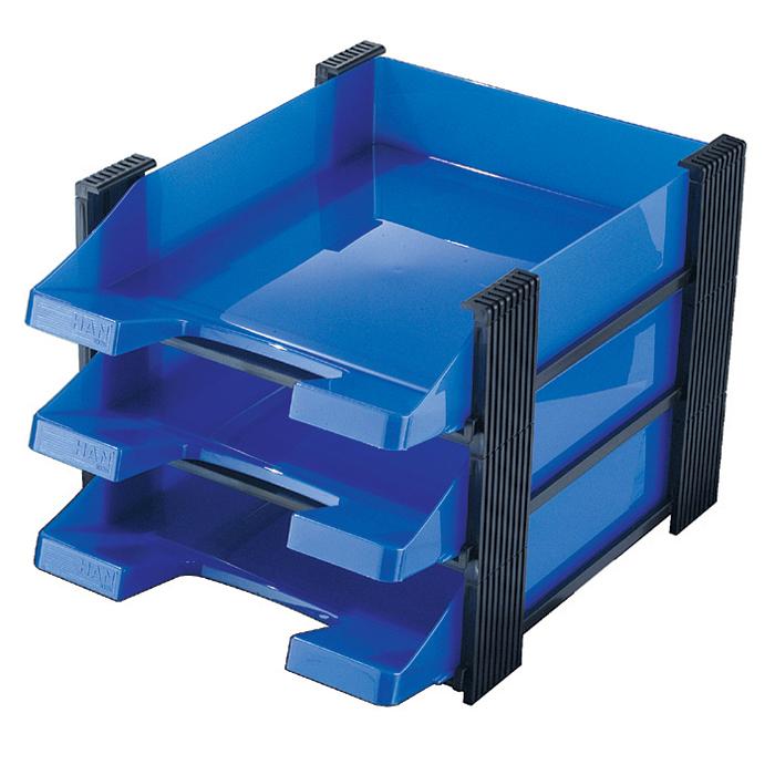Лоток для бумаг горизонтальный HAN Brillant, 3 секции, цвет: синий, прозрачныйFS-54100Горизонтальный лоток для бумаг HAN Brillant поможет вам навести порядок на столе и сэкономить пространство. Лоток состоит из 3 вместительных секций, и, благодаря оригинальному дизайну и классической форме, органично впишется в любой интерьер. Секции могут сдвигаться относительно друг друга, что позволяет настроить лоток так, как будет удобно именно вам.Лоток изготовлен из полупрозрачного антистатического пластика. Приподнятый передний бортик облегчает изъятие бумаг из накопителя. Лоток имеет пластиковые ножки, предотвращающие скольжение по столу и обеспечивающие необходимую устойчивость.Благодаря лотку для бумаг, важные бумаги и документы не потеряются и всегда будут под рукой.