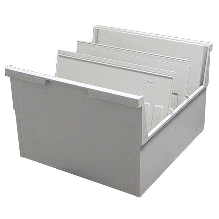 Лоток для бумаг горизонтальный HAN, цвет: светло-серый, формат А5. HA855-0/11FS-54115Горизонтальный лоток для бумаг HAN поможет вам навести порядок на столе и сэкономить пространство. Лоток подойдет для карточек формата А5 и меньше.Лоток состоит из 3 вместительных секций, и, благодаря оригинальному дизайну и классической форме, органично впишется в любой интерьер. В комплект входят 2 пластиковых съемных разделителя, всего лоток оснащен вырубками для 13 разделителей. Таким образом, можно изменять размер секций, что позволяет настроить лоток так, как будет удобно именно вам.Лоток изготовлен из антистатического ударопрочного пластика. Лоток имеет ножки, предотвращающие скольжение по столу и обеспечивающие необходимую устойчивость. Благодаря высоким бортикам, транспортировка лотка не составит труда, а документы не выпадут и не потеряются.Благодаря лотку для бумаг, важные бумаги и документы не потеряются и всегда будут под рукой.