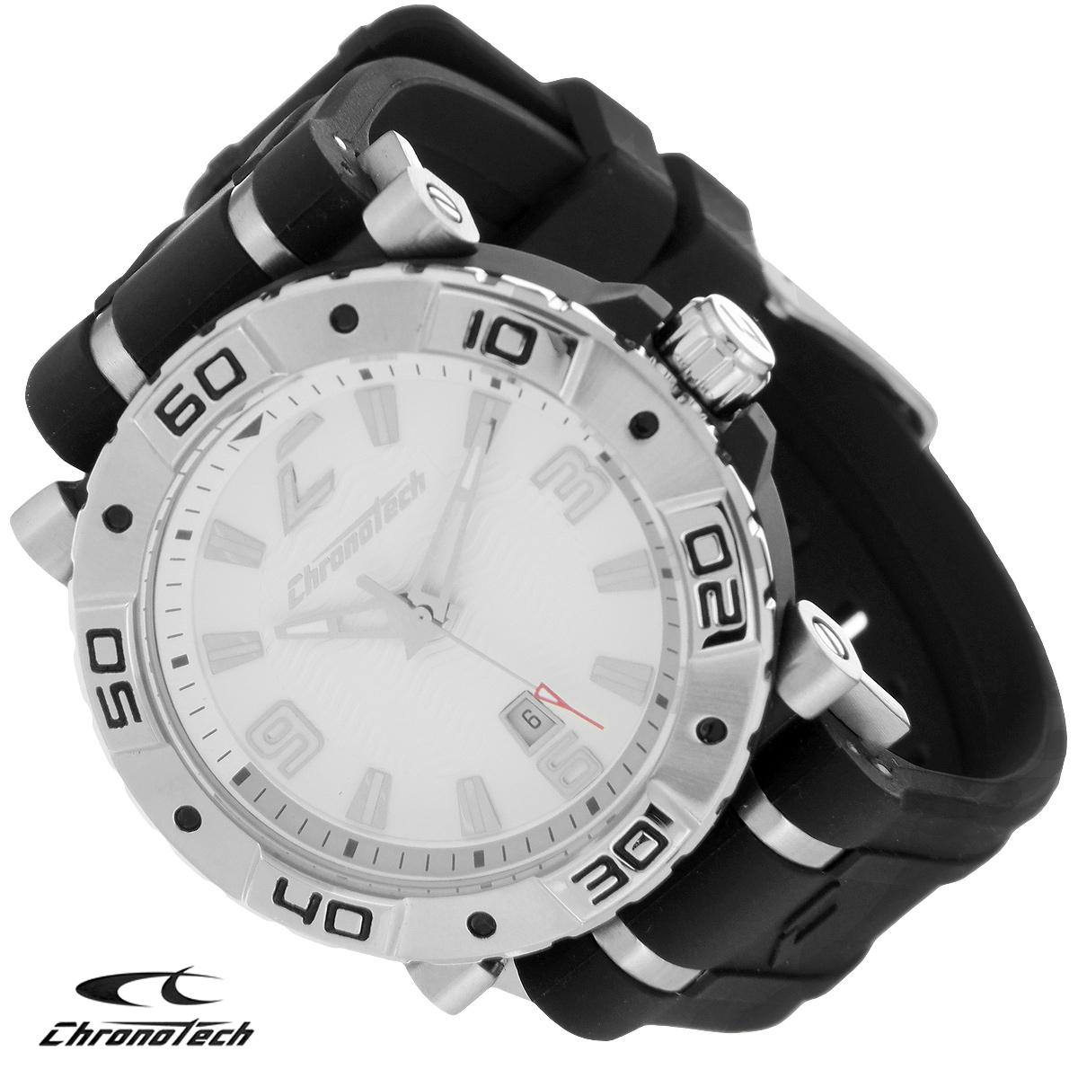 Часы мужские наручные Chronotech, цвет: черный, серебристый. RW0038BM8434-58AEЧасы Chronotech - это часы для современных и стильных людей, которые стремятся выделиться из толпы и подчеркнуть свою индивидуальность. Корпус часов выполнен из нержавеющей стали. Циферблат оформлен отметками и арабскими цифрами и защищен минеральным стеклом. Часы имеют три стрелки - часовую, минутную и секундную. Стрелки и отметки светятся в темноте. Часы имеют индикатор даты. Ремешок часов выполнен из каучука и застегивается на классическую застежку. Часы упакованы в фирменную коробку с логотипом компании Chronotech. Такой аксессуар добавит вашему образу стиля и подчеркнет безупречный вкус своего владельца.Характеристики: Диаметр циферблата: 3,4 см.Размер корпуса: 4,4 см х 4 см х 1 см.Длина ремешка (с корпусом): 24,5 см.Ширина ремешка: 2,5 см.