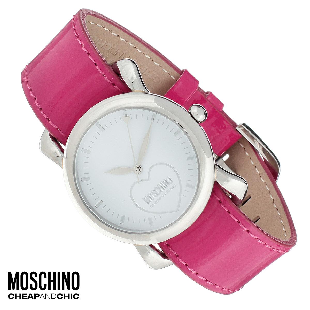 Часы женские наручные Moschino, цвет: розовый, бежевый. MW0475BM8434-58AEНаручные часы от известного итальянского бренда Moschino - это не только стильный и функциональный аксессуар, но и современные технологи, сочетающиеся с экстравагантным дизайном и индивидуальностью. Часы Moschino оснащены кварцевым механизмом. Корпус выполнен из высококачественной нержавеющей стали. Циферблат оформлен сердцем с названием бренда и защищен минеральным стеклом. Часы имеют три стрелки - часовую, минутную и секундную. Часы можно носить как на шелковом фирменном платке, так и на двухстороннем ремешке из натуральной кожи. Платок также можно использовать в качестве самостоятельного аксессуара на шее или украсить им сумочку.Часы упакованы в фирменную металлическую коробку с логотипом бренда. Часы Moschino благодаря своему уникальному дизайну отличаются от часов других марок своеобразными циферблатами, функциональностью, а также набором уникальных технических свойств. Каждой модели присуща легкая экстравагантность, самобытность и, безусловно, великолепный вкус. Характеристики: Диаметр циферблата: 2,8 см.Размер корпуса: 3,5 см х 4,7 см х 0,8 см.Длина ремешка (с корпусом): 22,5 см.Ширина ремешка: 1,8 см. Размер платка: 50 см х 50 см.