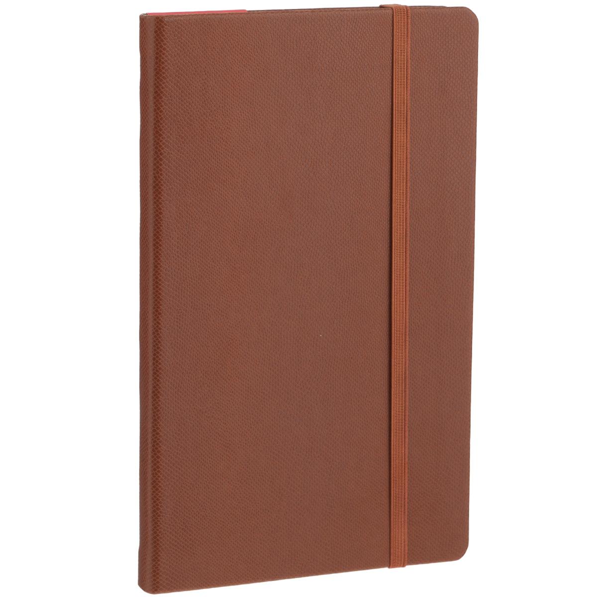 Записная книжка Erich Krause Salamandra, цвет: коричневый, 96 листов36763Записная книжка Erich Krause Salamandra - это дополнительный штрих к вашему имиджу. Демократичная в своем содержании, книжка может быть использована не только для личных пометок и записей, но и как недатированный ежедневник. Надежная твердая обложка из плотного картона, обтянутого искусственной кожей с тиснением под рептилию, сохранит ее в аккуратном состоянии на протяжении всего времени использования. Плотная в линейку бумага белого цвета, закладка-ляссе, практичные скругленные углы, эластичная петелька для ручки и внутренний бумажный карман на задней обложке - все это обеспечит вам истинное удовольствие от письма. В начале книжки имеется страничка для заполнения личных данных владельца, четыре страницы для заполнения адресов, телефонов и интернет-почты и четыре страницы для заполнения сайтов и ссылок. Благодаря небольшому формату книжку легко взять с собой. Записная книжка плотно закрывается при помощи фиксирующей резинки.