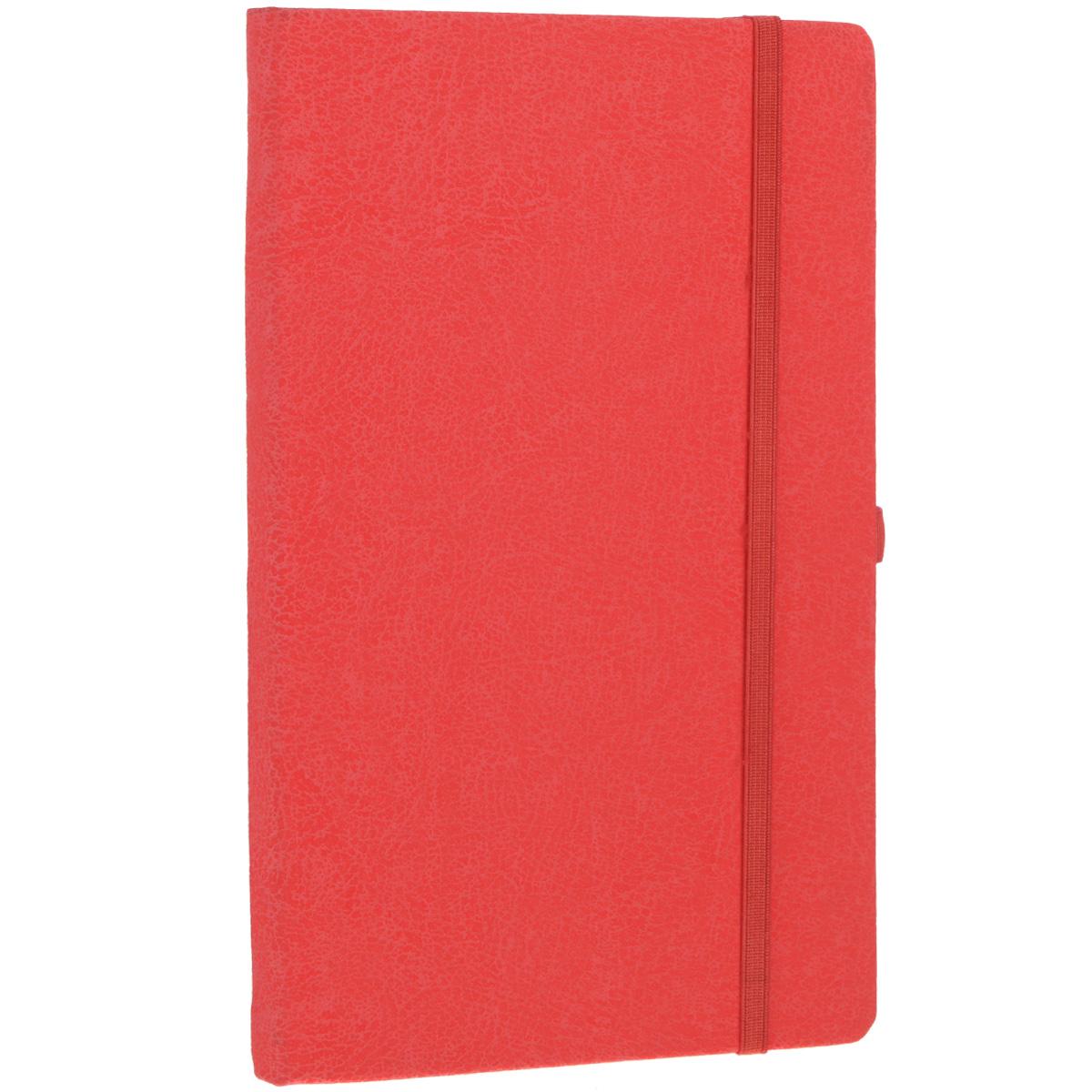 Записная книжка Erich Krause Perfect, цвет: красный, 96 листов72523WDЗаписная книжка Erich Krause Perfect - это дополнительный штрих к вашему имиджу. Демократичная в своем содержании, книжка может быть использована не только для личных пометок и записей, но и как недатированный ежедневник. Надежная твердая обложка из плотного картона с тиснением под кожу сохранит ее в аккуратном состоянии на протяжении всего времени использования. Плотная в линейку бумага белого цвета, закладка-ляссе, практичные скругленные углы, эластичная петелька для ручки и внутренний бумажный карман на задней обложке - все это обеспечит вам истинное удовольствие от письма. В начале книжки имеется страничка для заполнения личных данных владельца, четыре страницы для заполнения адресов, телефонов и интернет-почты и четыре страницы для заполнения сайтов и ссылок. Благодаря небольшому формату книжку легко взять с собой. Записная книжка плотно закрывается при помощи фиксирующей резинки.