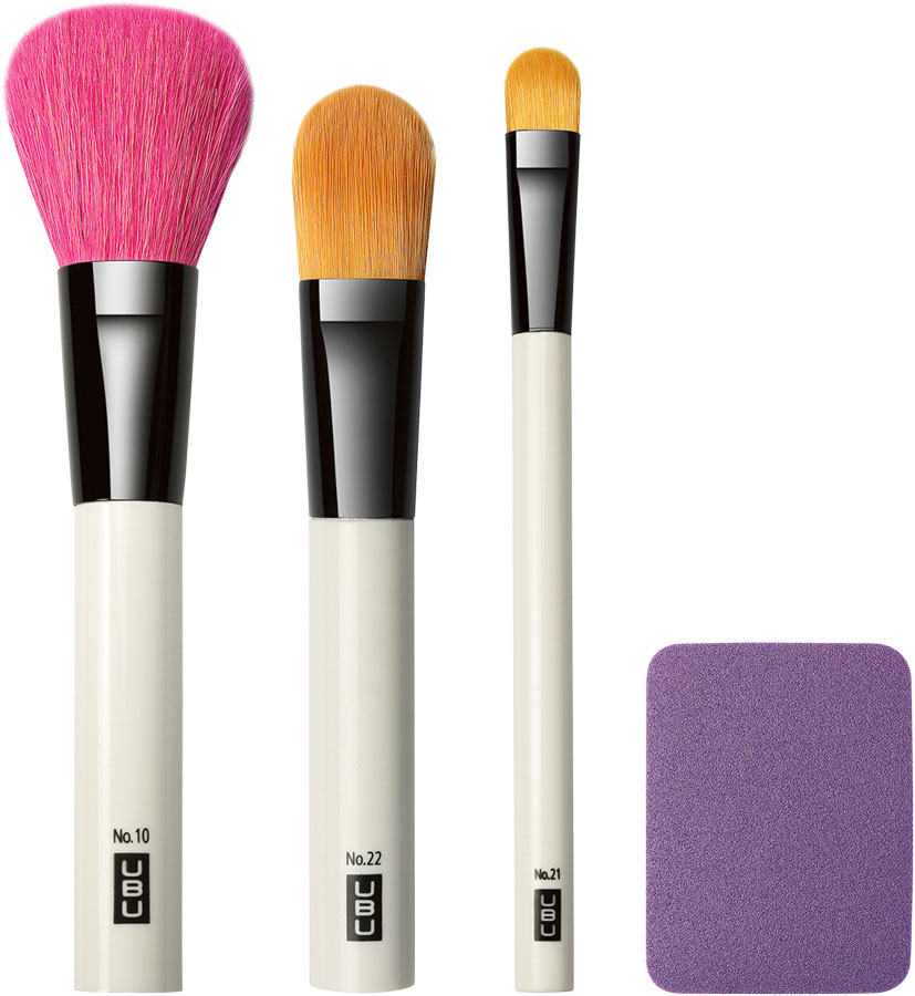 UBU Набор аксессуаров для макияжа: кисти для пудры, тональной основы, консилера, спонж для тональной основы. 19-5091 кисти для макияжа одесса набор